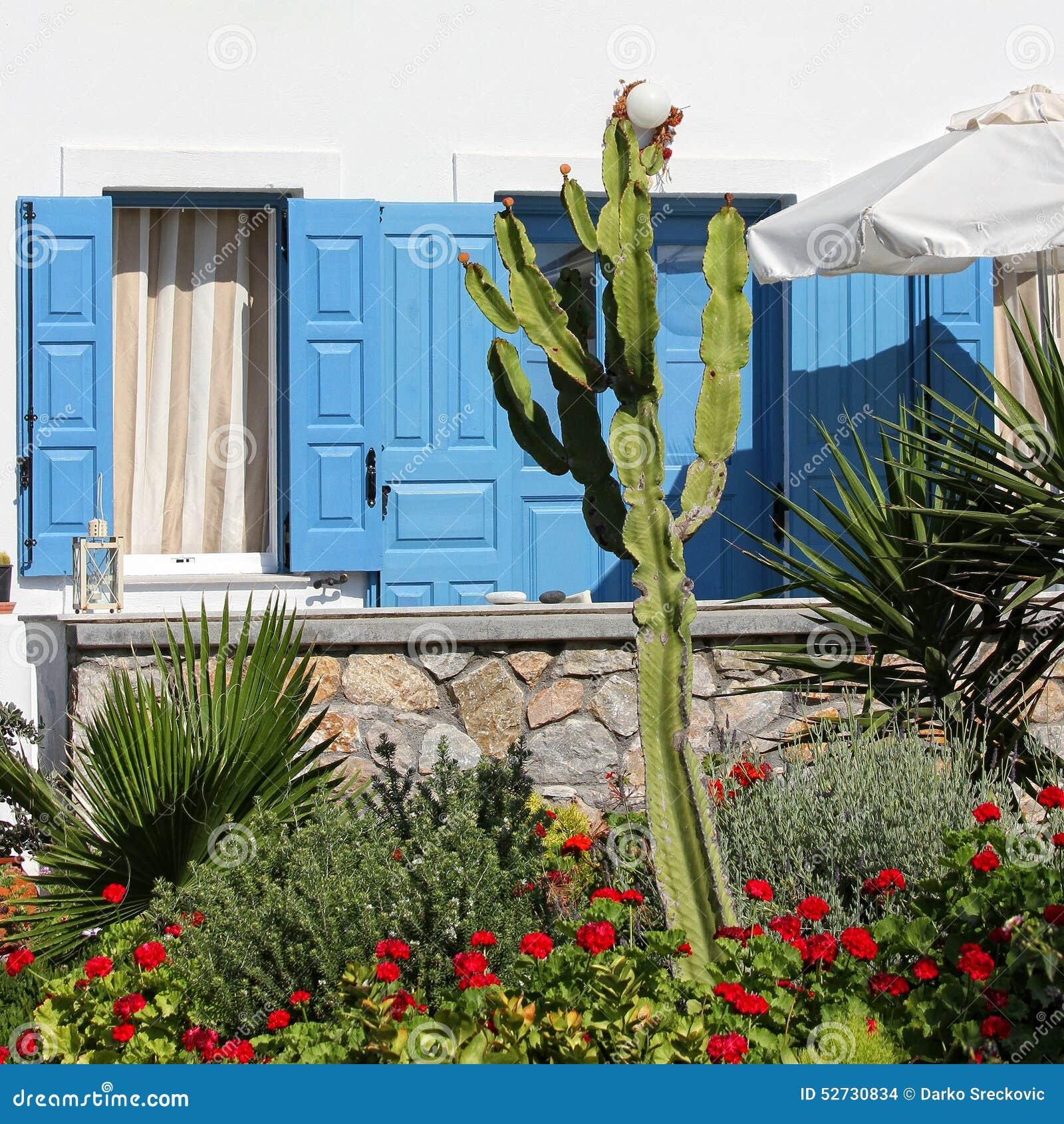 Casa Mediterránea Foto De Archivo Imagen De Verano Pared