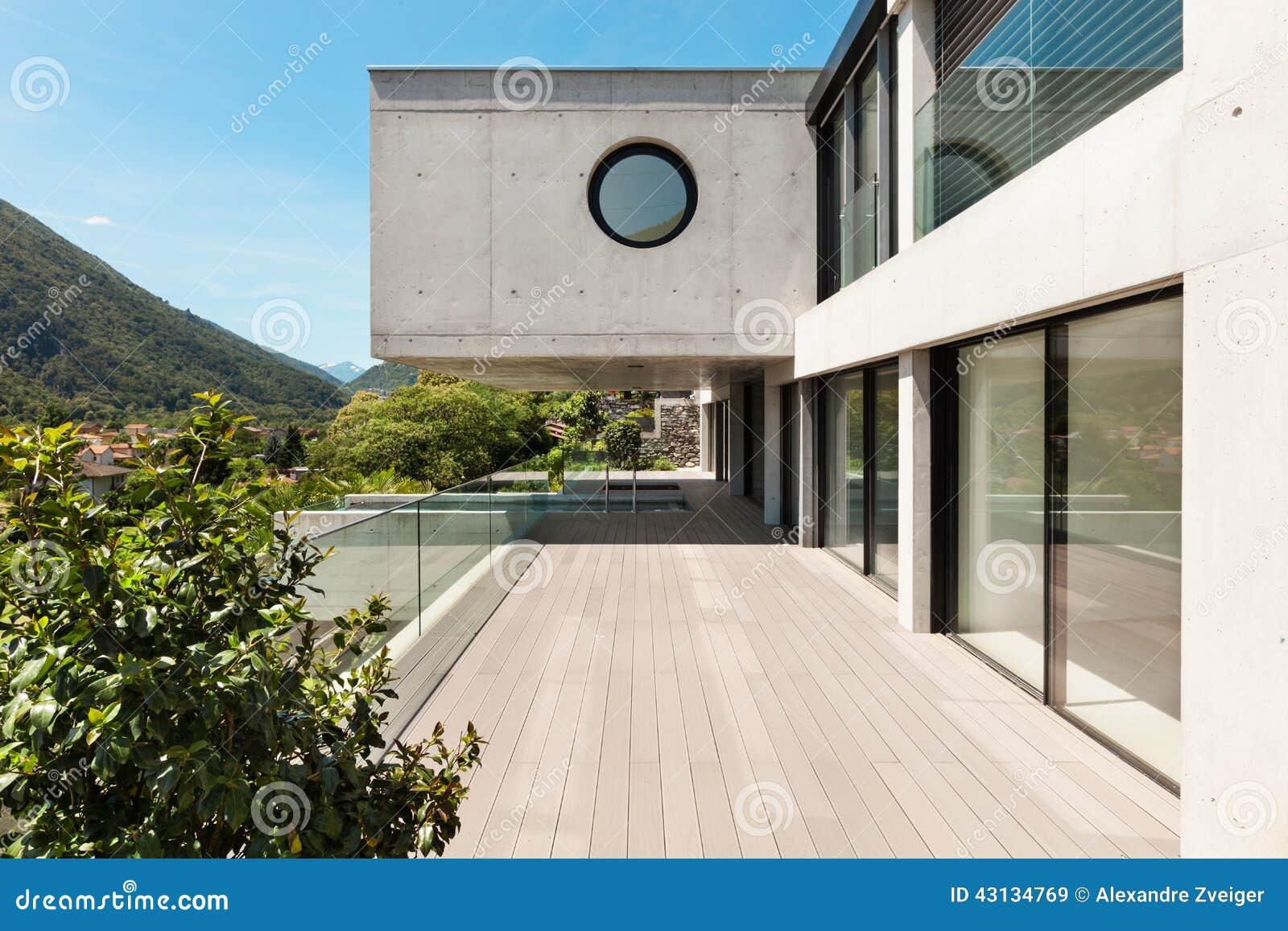 Casa moderna hermosa en el cemento foto de archivo for Casa moderna vector