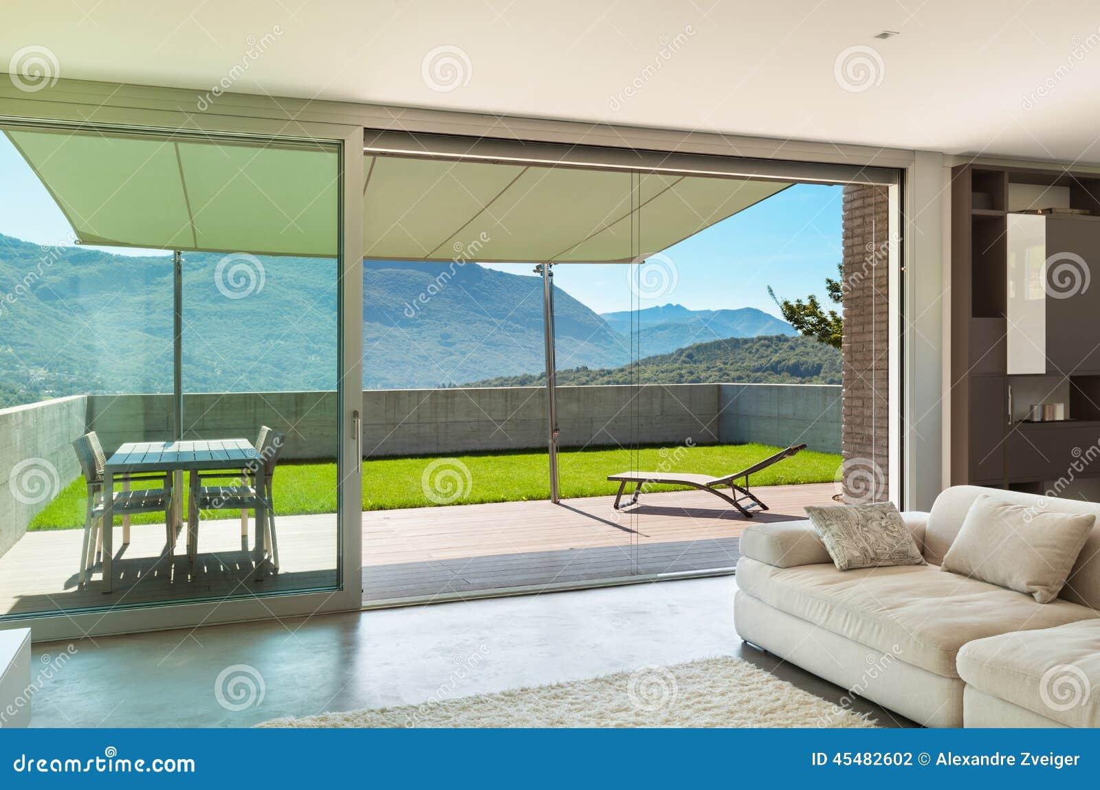 Casa moderna interior sala de estar foto de archivo for Salas modernas de casas