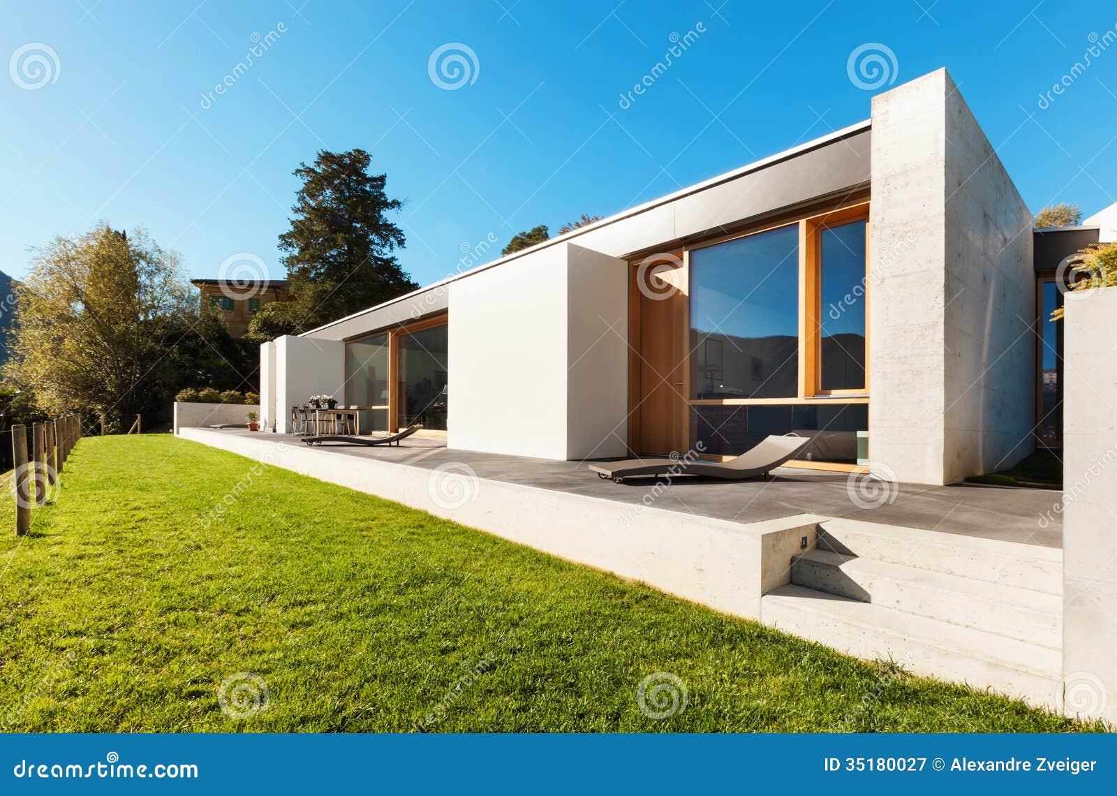 Casa moderna no cimento