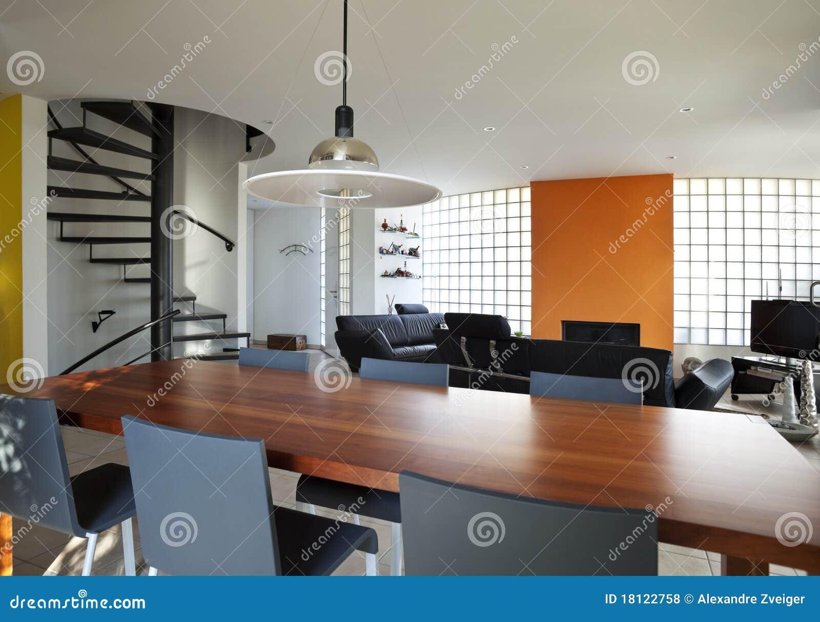 Casa moderna sala de jantar fotos de stock royalty free for Salas modernas de casas