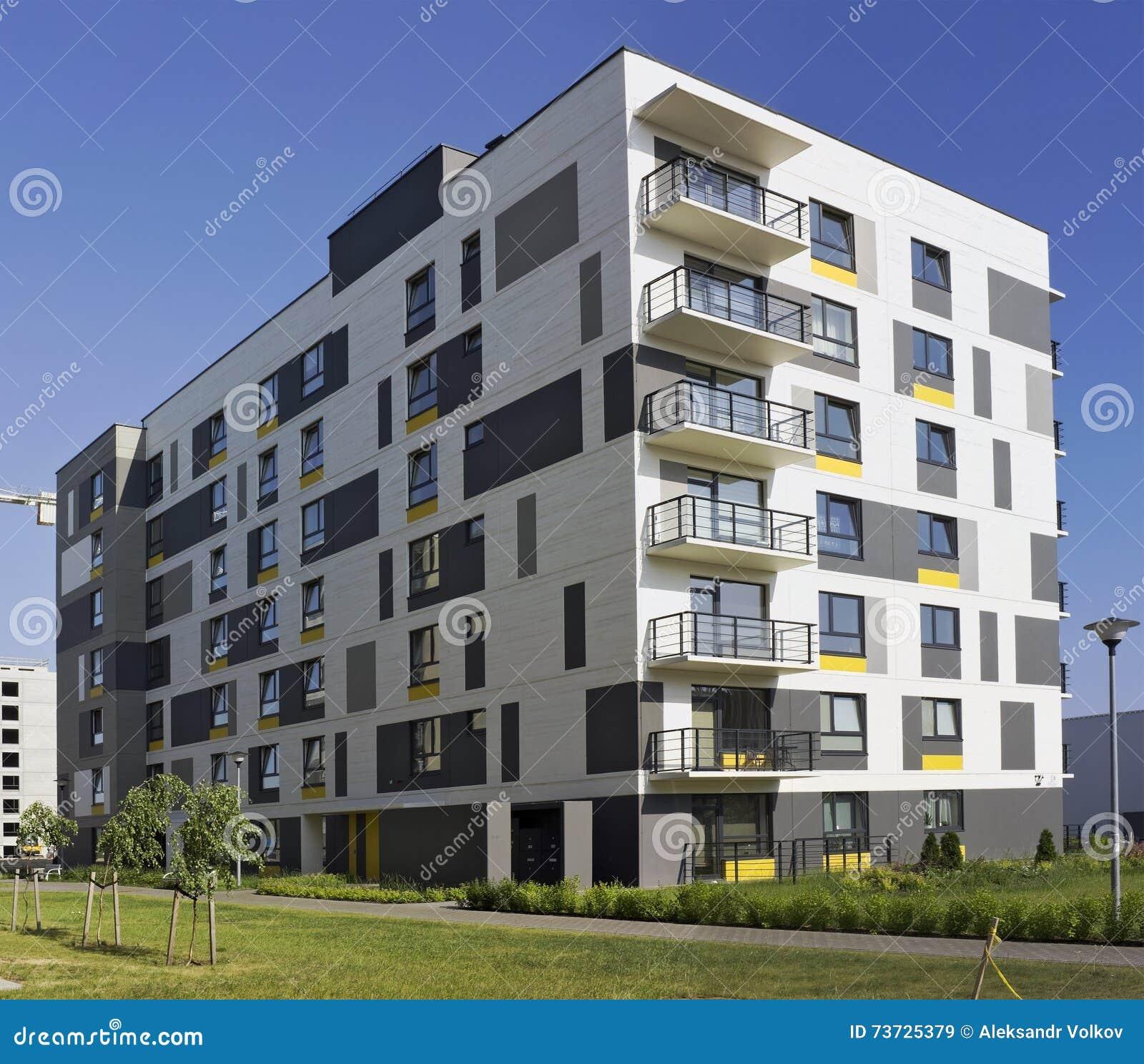Stunning casa modulare moderna con gli di piccole - Porte a basso costo ...