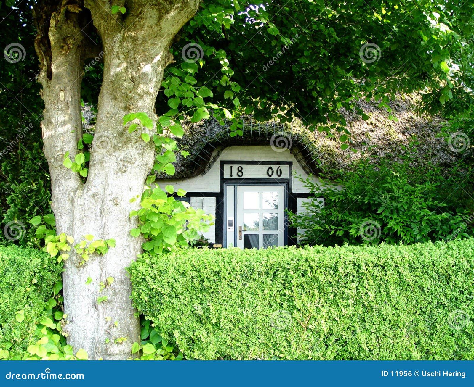 Casa nascosta