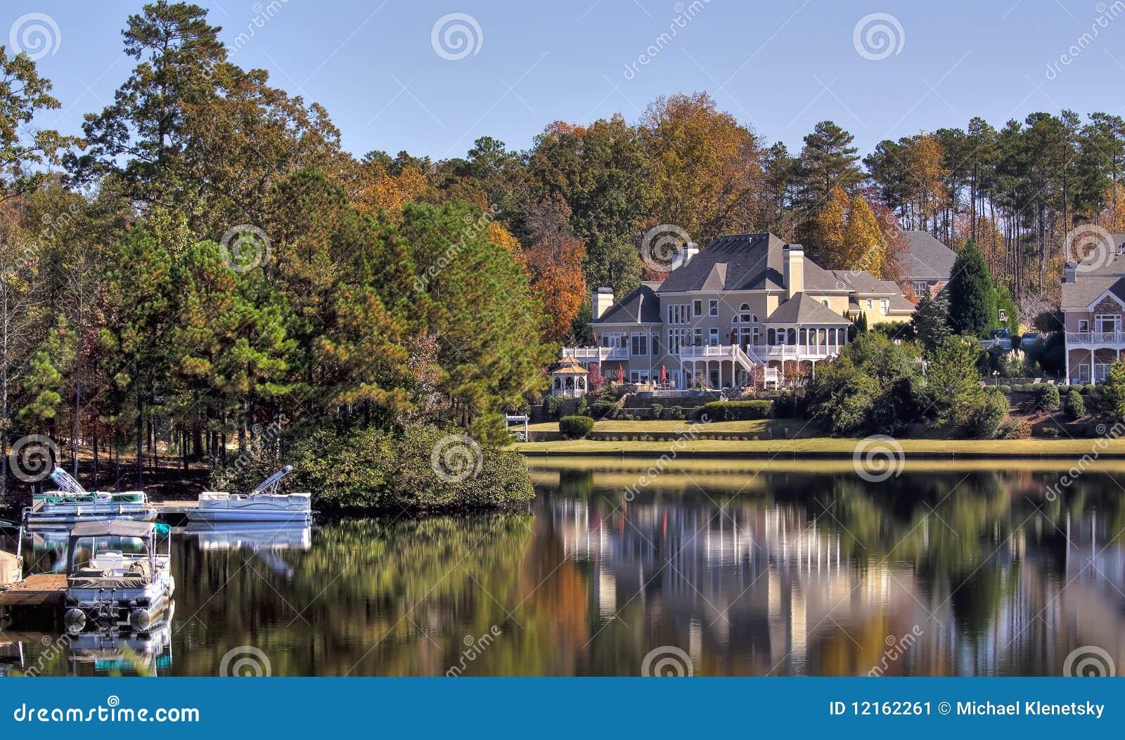 Casa no lago