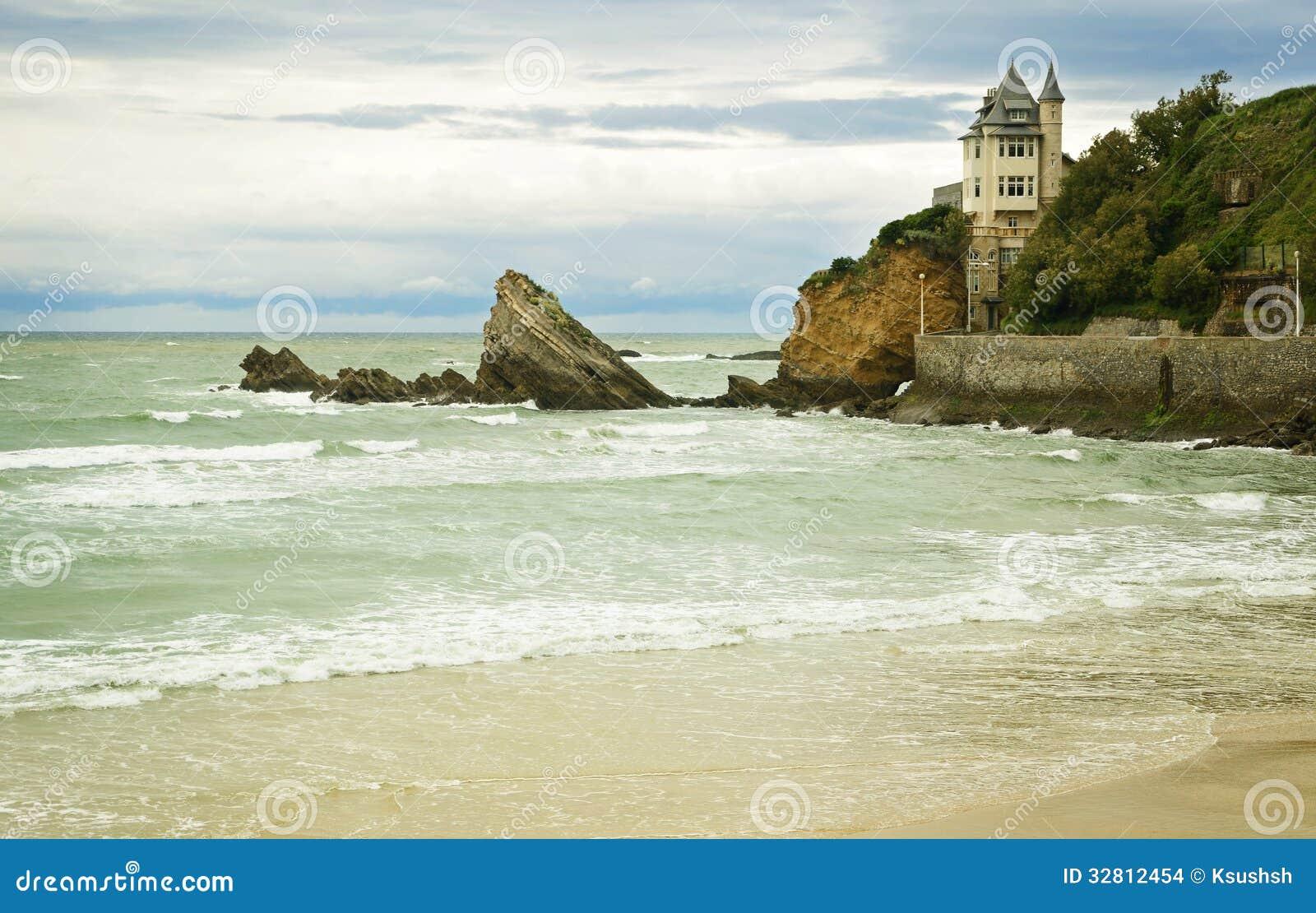 Casa pelo mar