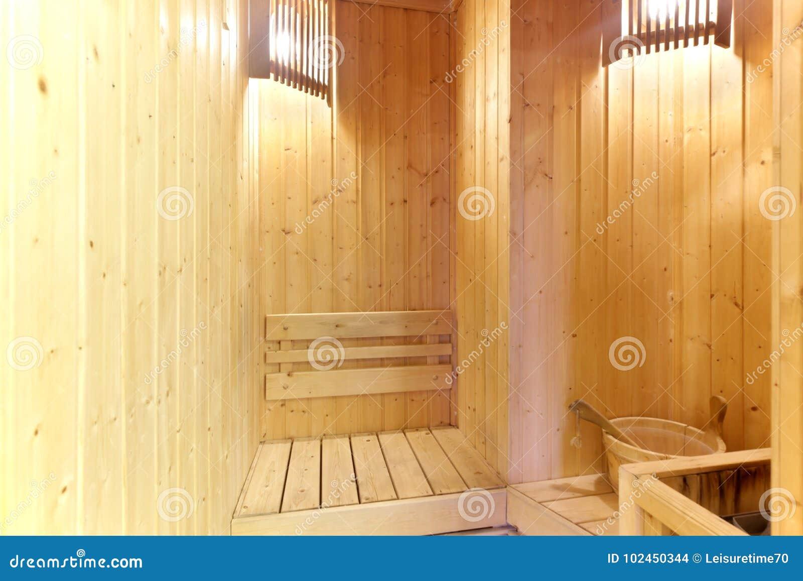 Sauna Da Casa.Casa Pequena Da Sala Da Sauna Em Privado Foto De Stock