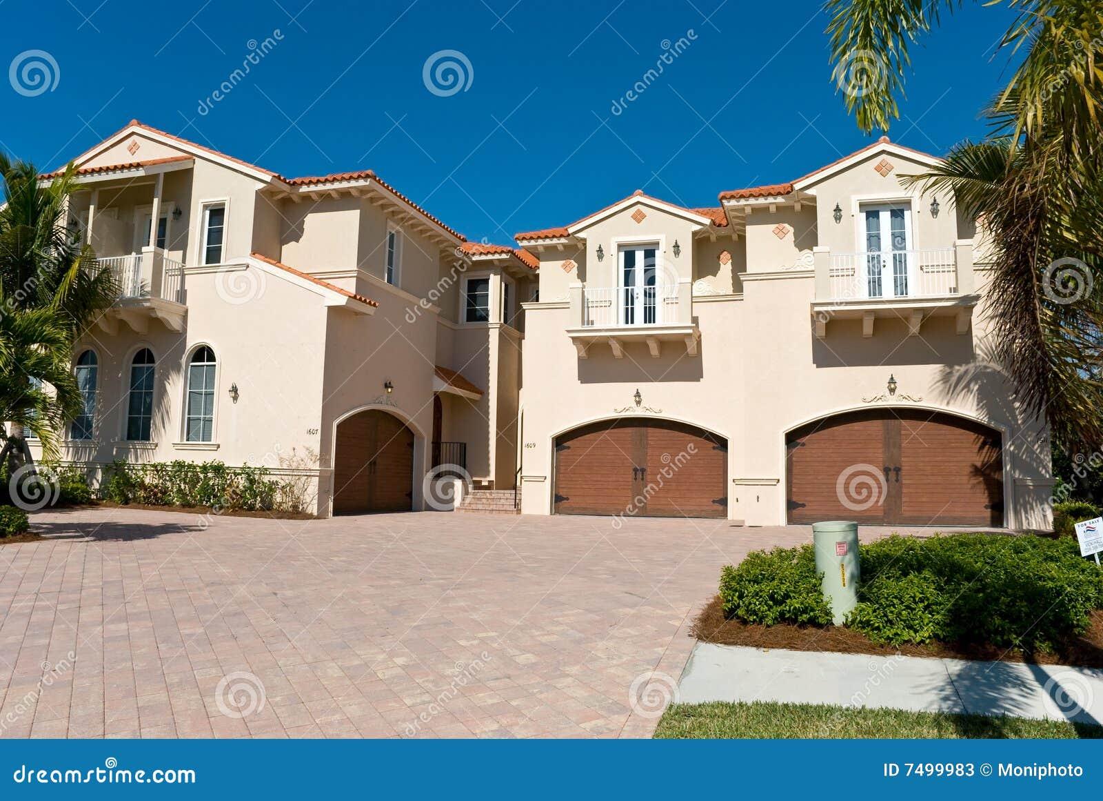 Casa residencial en Nápoles - sudoeste la Florida encendido