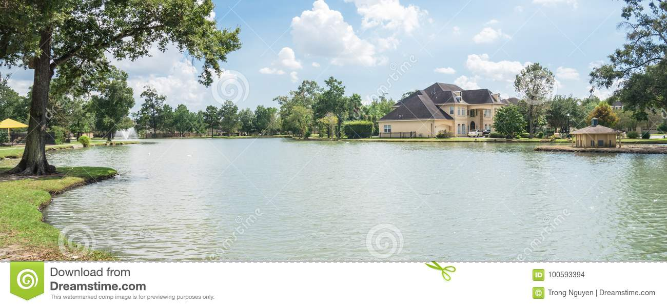 Casa residenziale di Lakeside a Houston, il Texas, U.S.A.