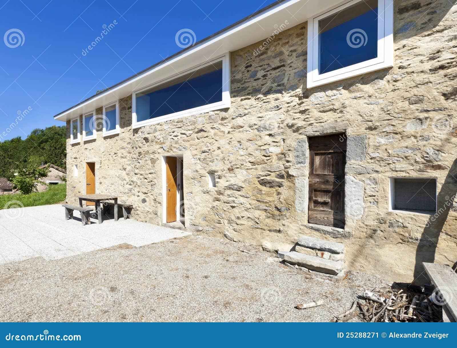 Casa rustica di festa immagine stock immagine 25288271 for Piani di casa vacanza rustica
