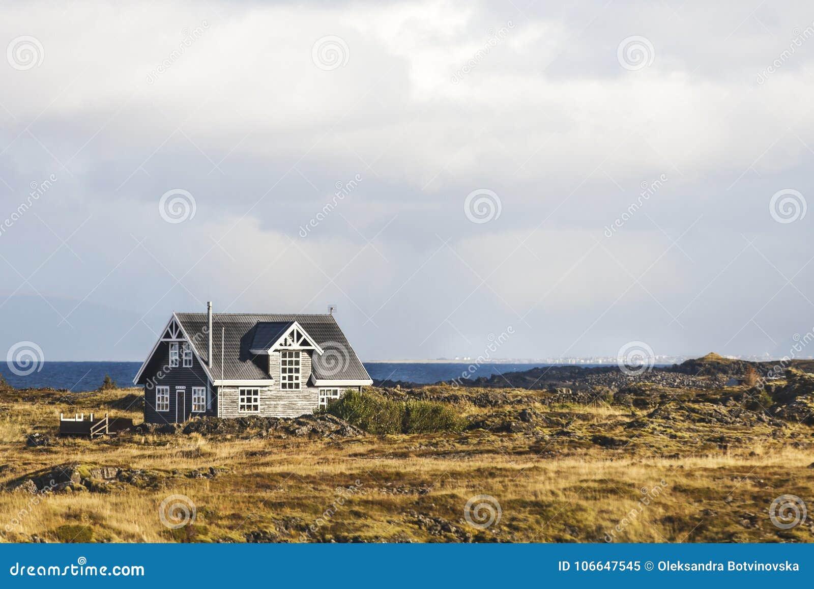Casa só pelo mar e pela paisagem