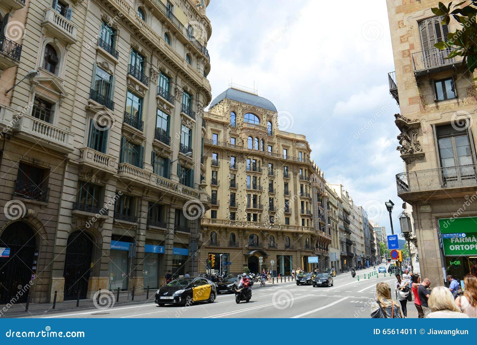 Casa salas bulbena ciudad vieja de barcelona espa a foto - Casa de madrid en barcelona ...