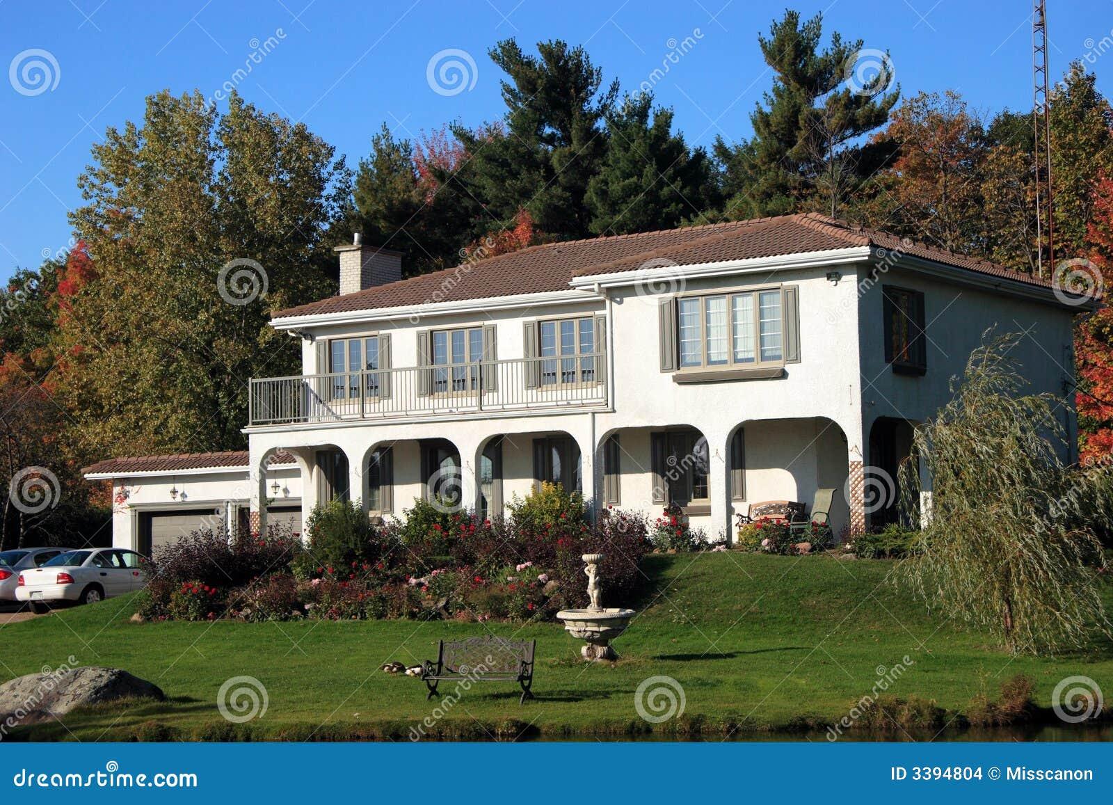 casa spagnola di stile immagini stock immagine 3394804
