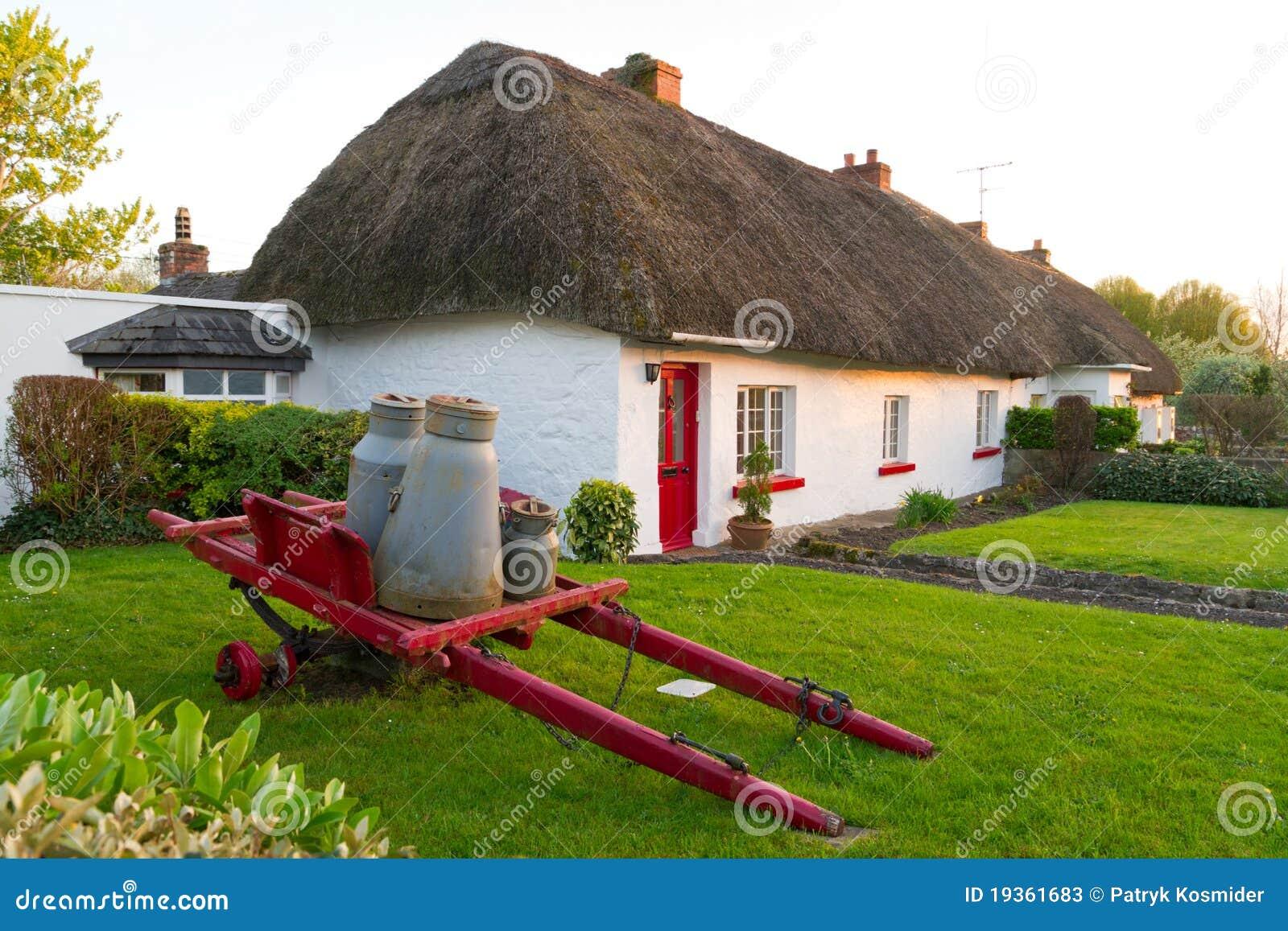 Casa tradicional irlandesa da casa de campo