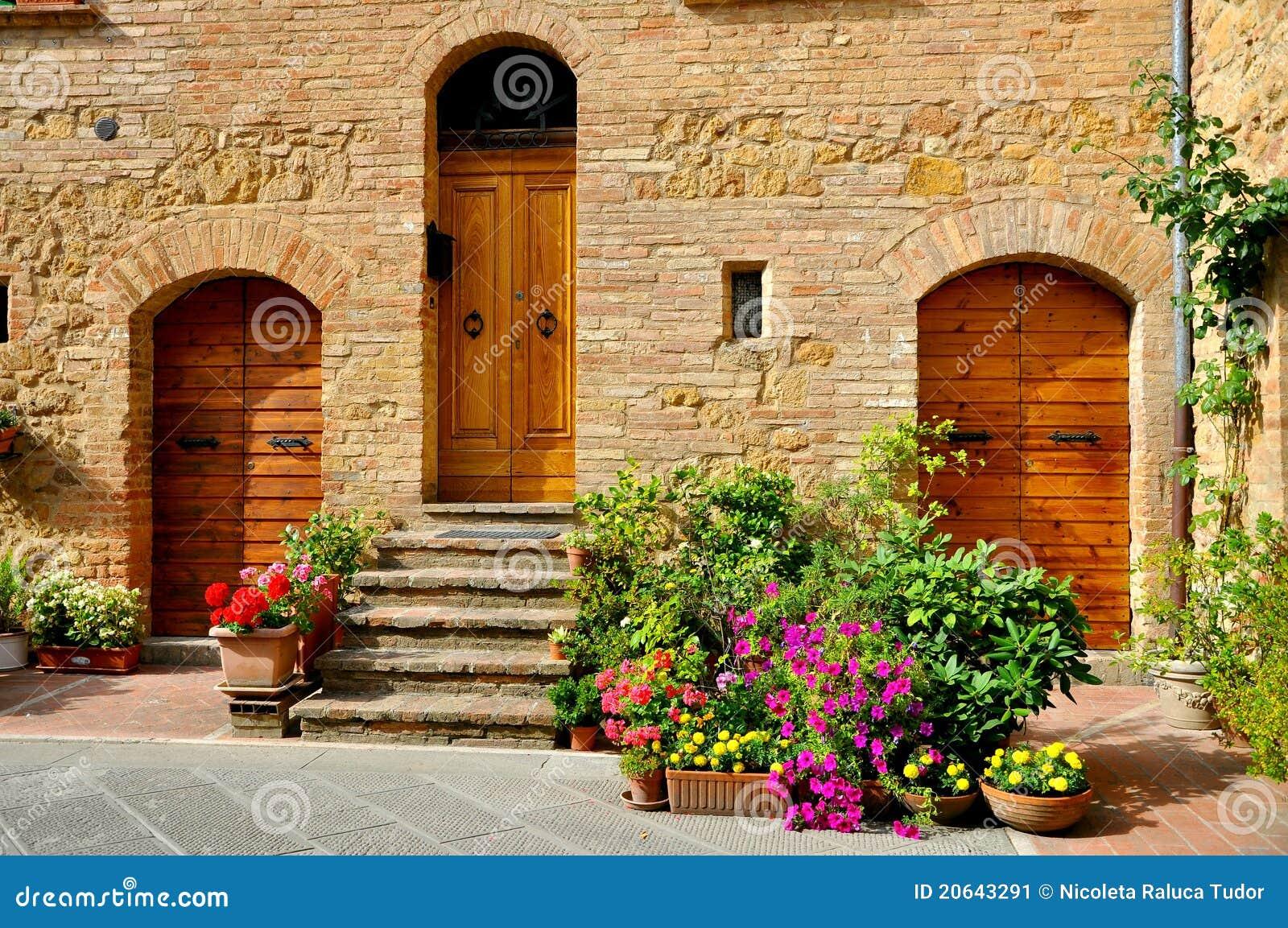 Casa Tradicional Toscana En Italia Imagen De Archivo