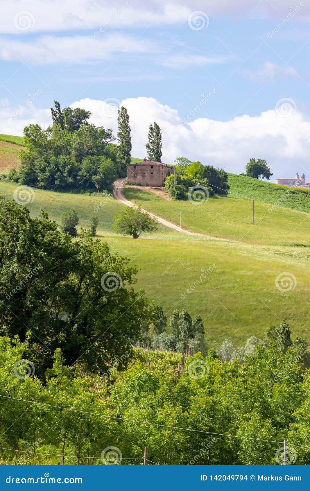 Casa vicino a Camerino in Italia Marche