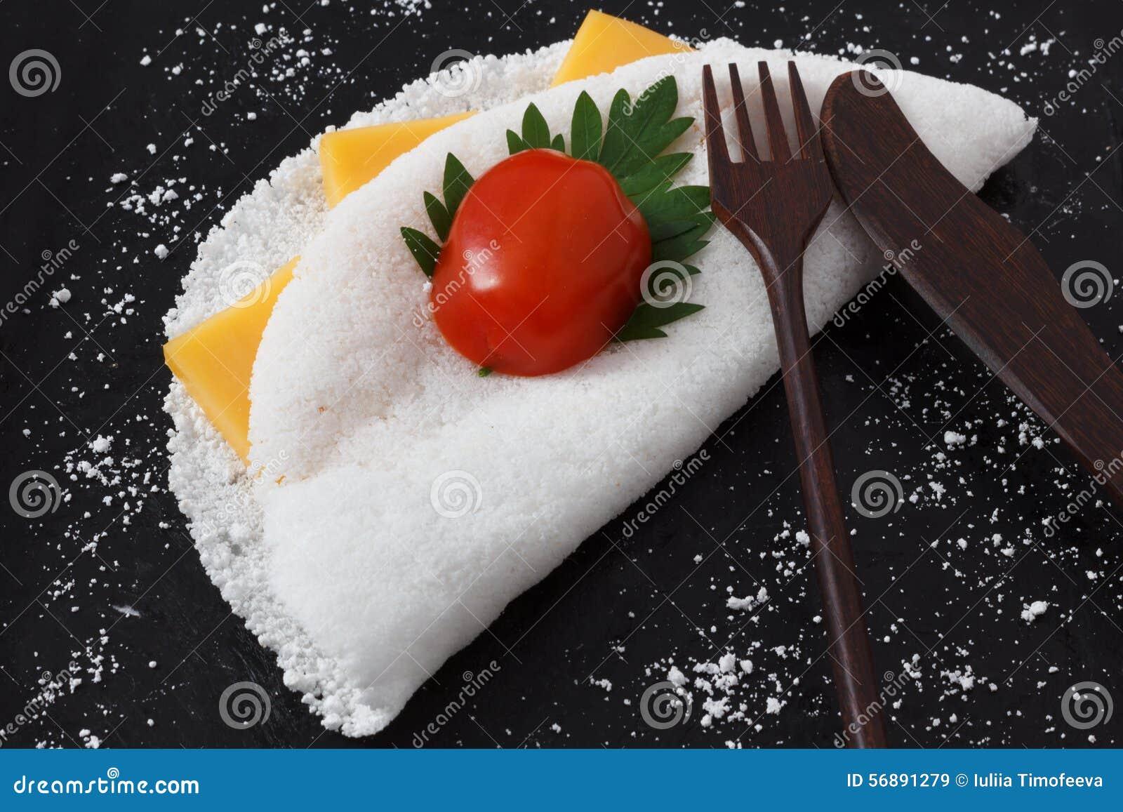 Casabe (bammy, beiju, peso) dalla manioca (tapioca)