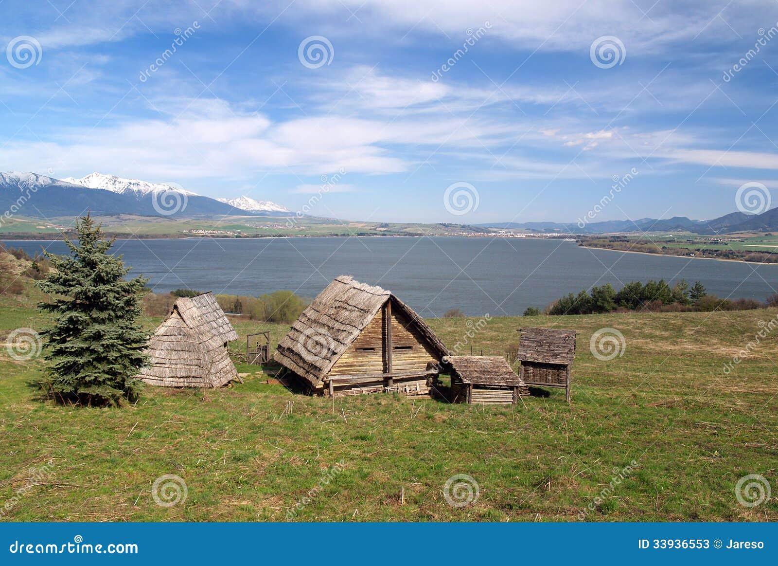 Casas celtas no monte de Havranok, Eslováquia