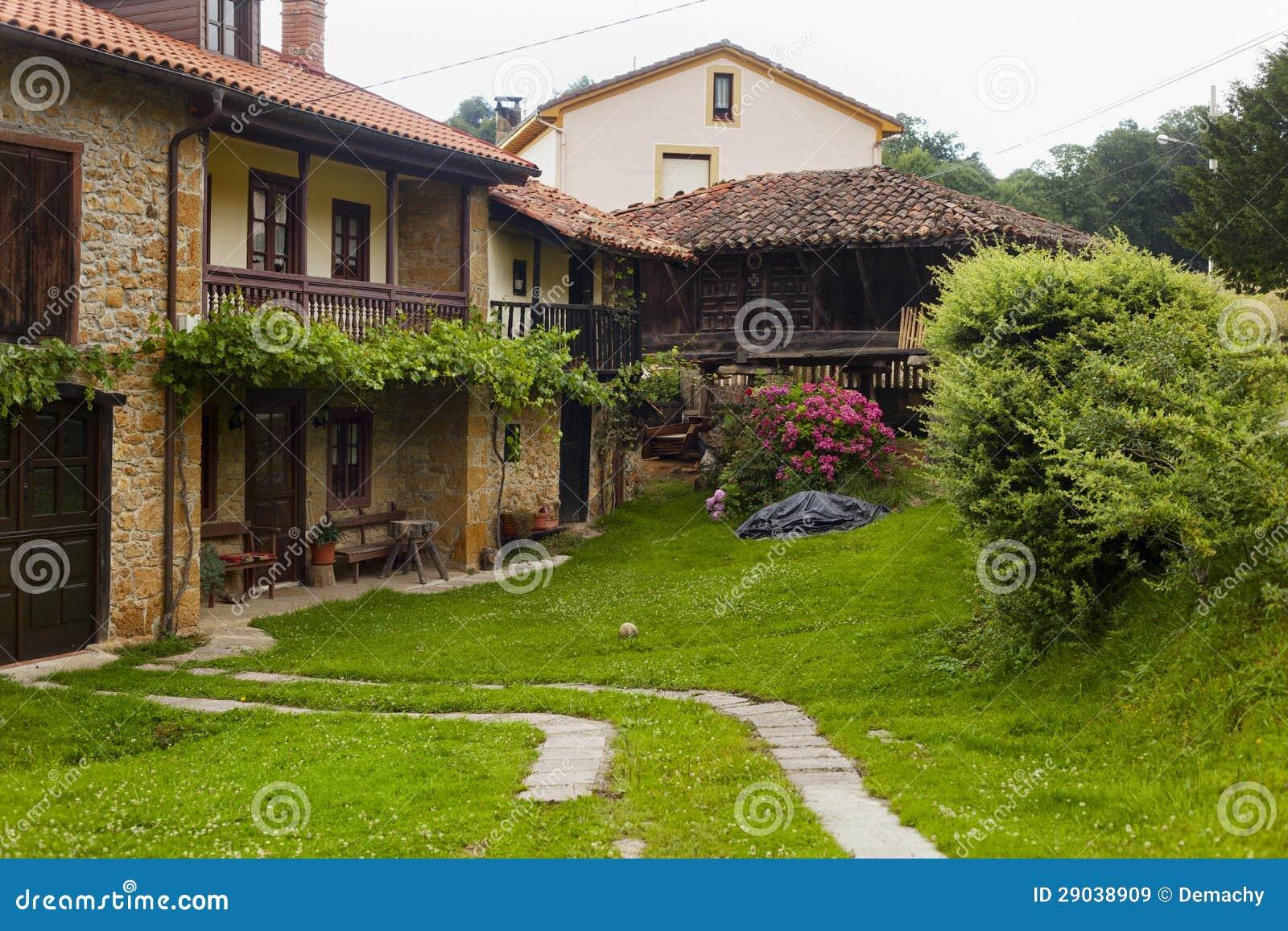 Casas de campo espanholas bonitas imagens de stock royalty for Casas de campo hermosas