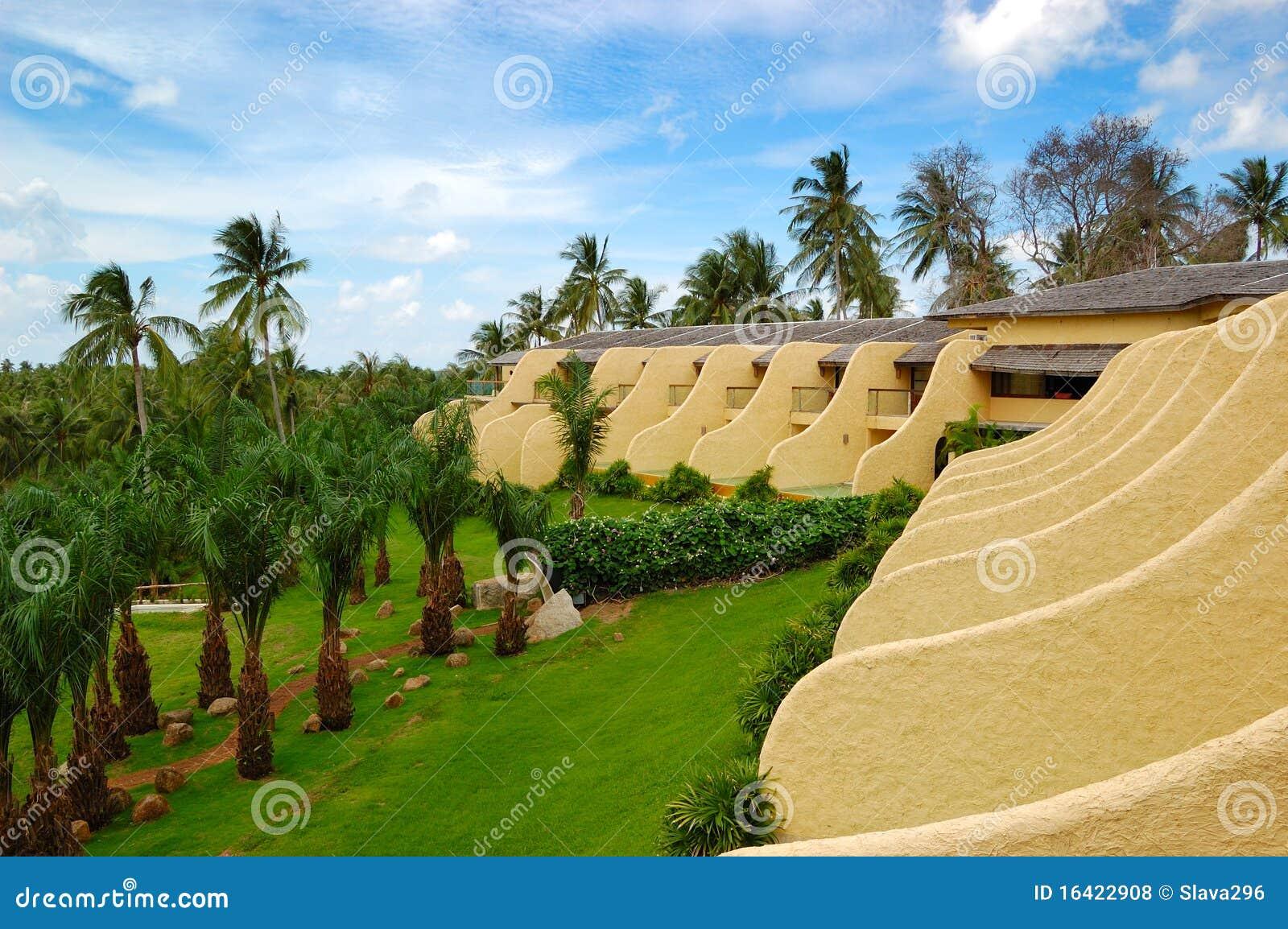 Casas de campo modernas com piscinas no hotel de luxo for Piscinas para casas