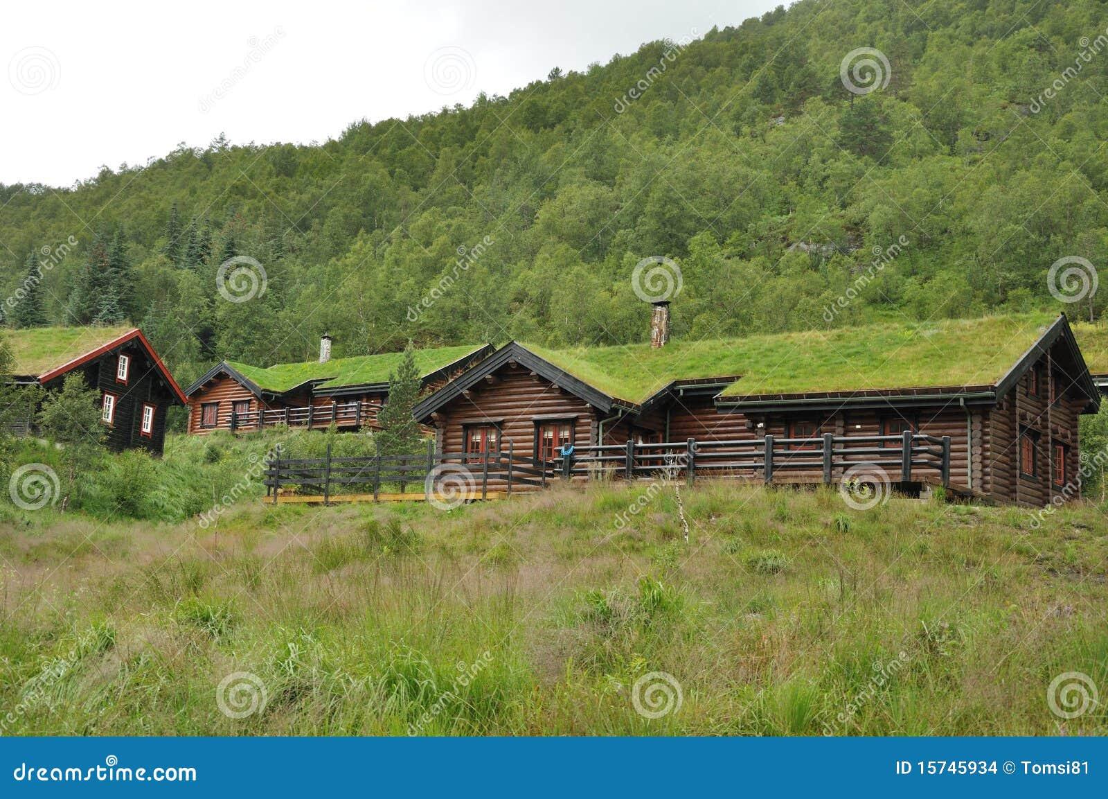 Casas de la azotea de la hierba foto de archivo imagen for La casa de la azotea