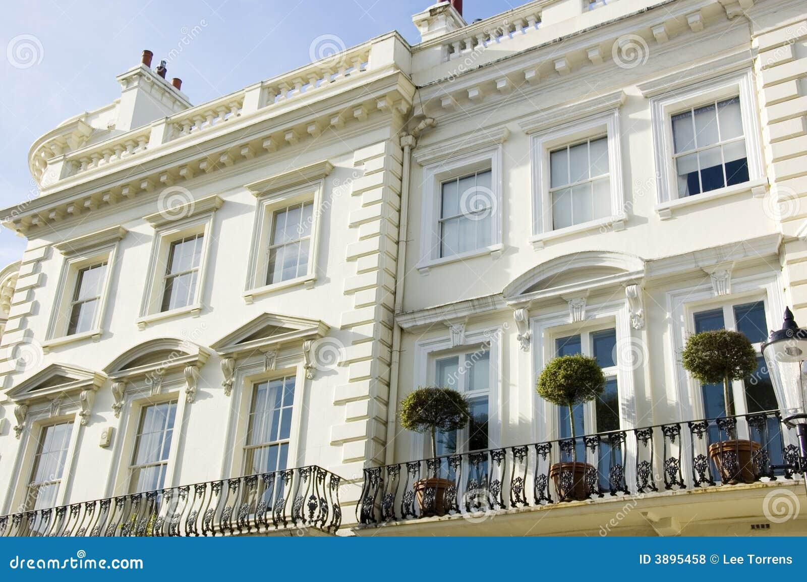 Casas De Londres Del Prestigio Foto de archivo - Imagen de blanco ...
