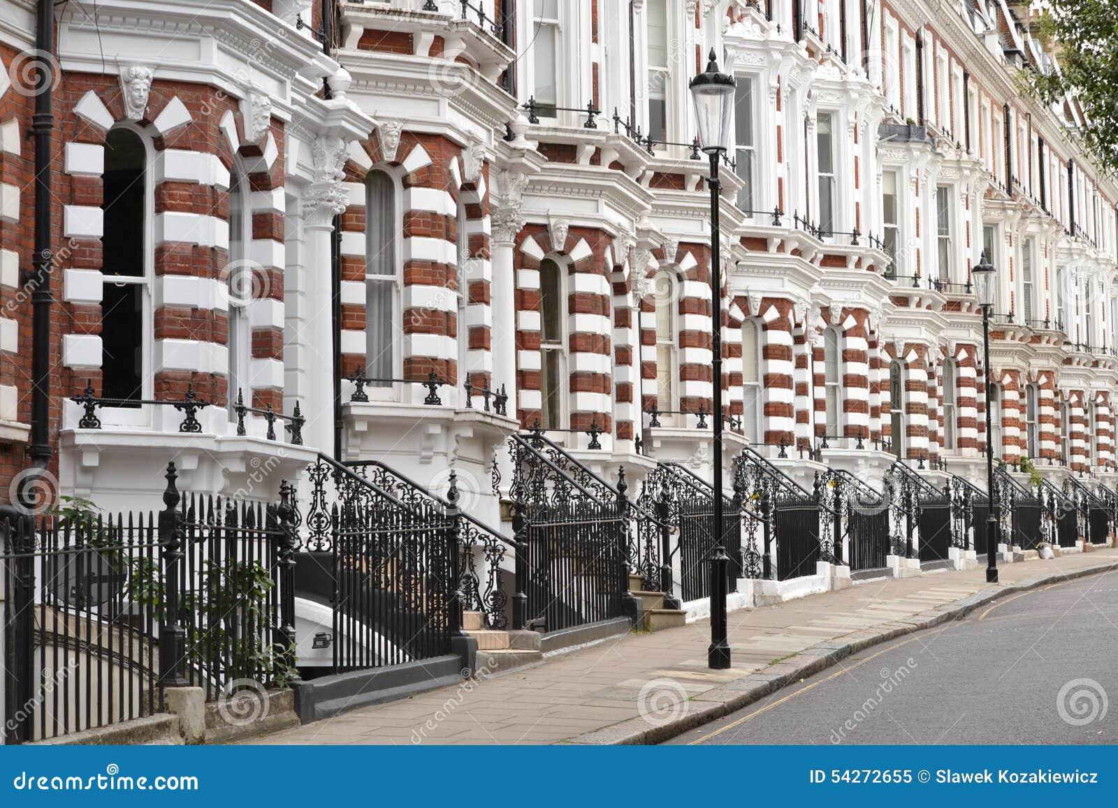 Casas de lujo de Londres imagen de archivo. Imagen de idéntico ...