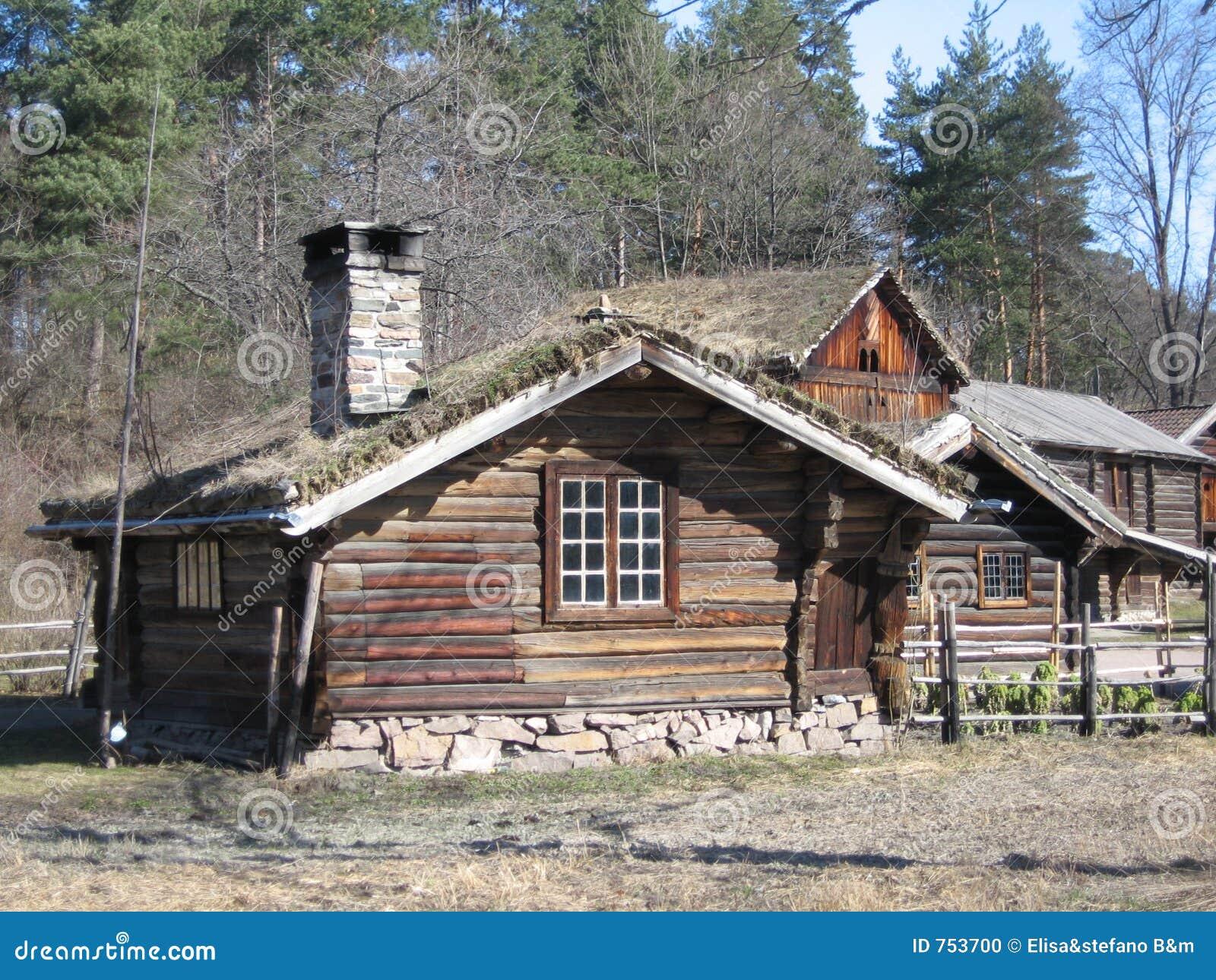 Casas de madera en noruega foto de archivo imagen 753700 for Casas en noruega