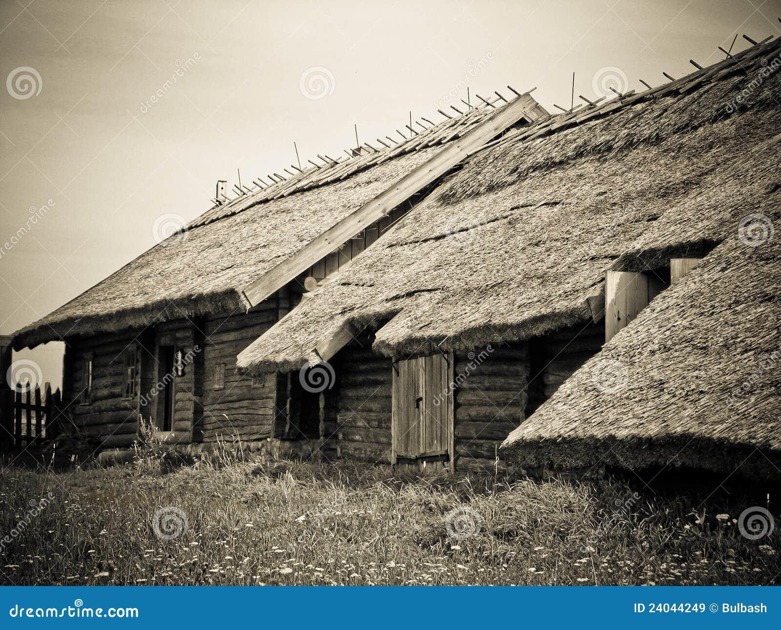Casas De Madera Viejas Imágenes de archivo libres de ... - photo#16