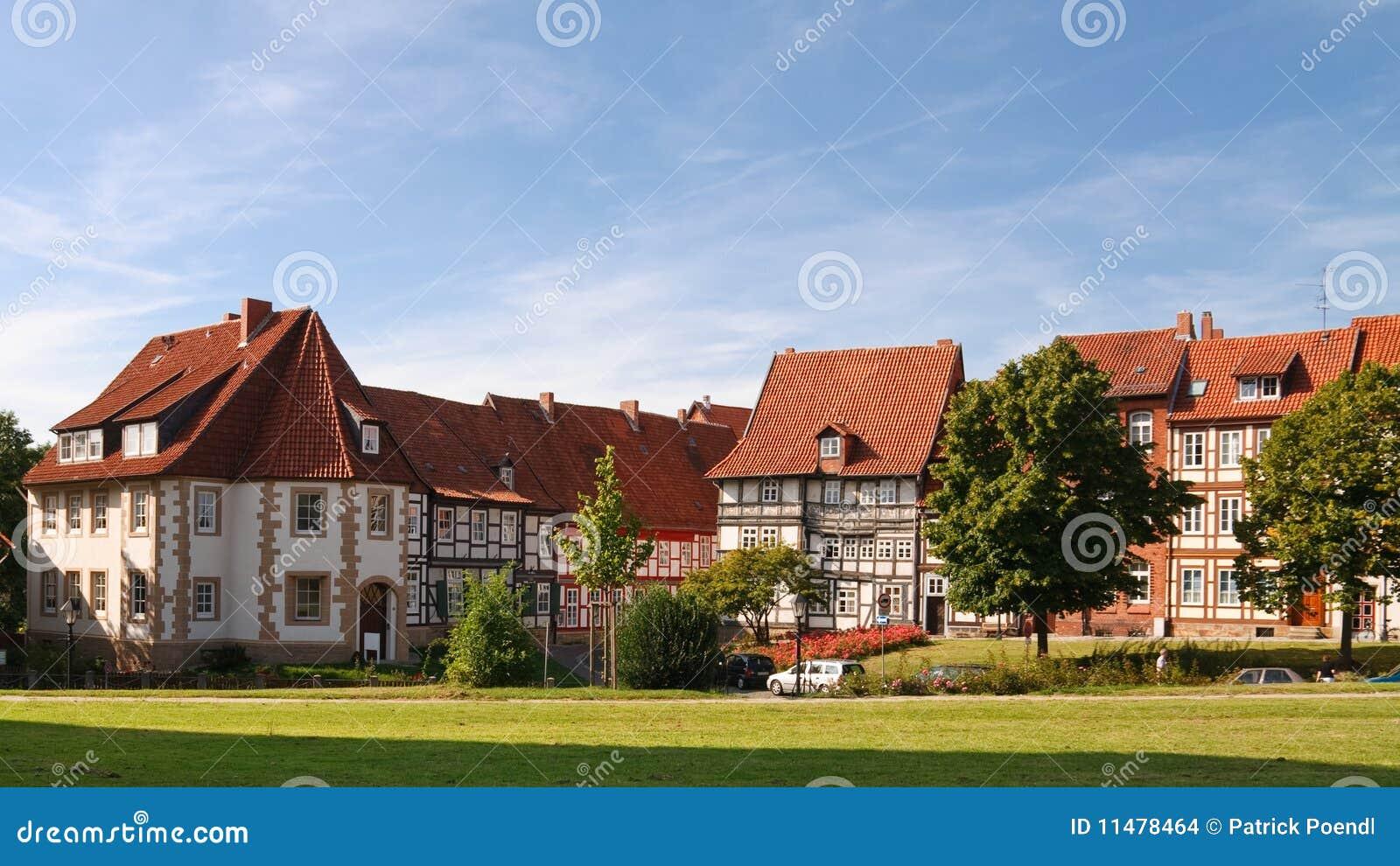 casas half timbered en hildesheim alemania foto de archivo imagen de l mpara azulejo 11478464. Black Bedroom Furniture Sets. Home Design Ideas