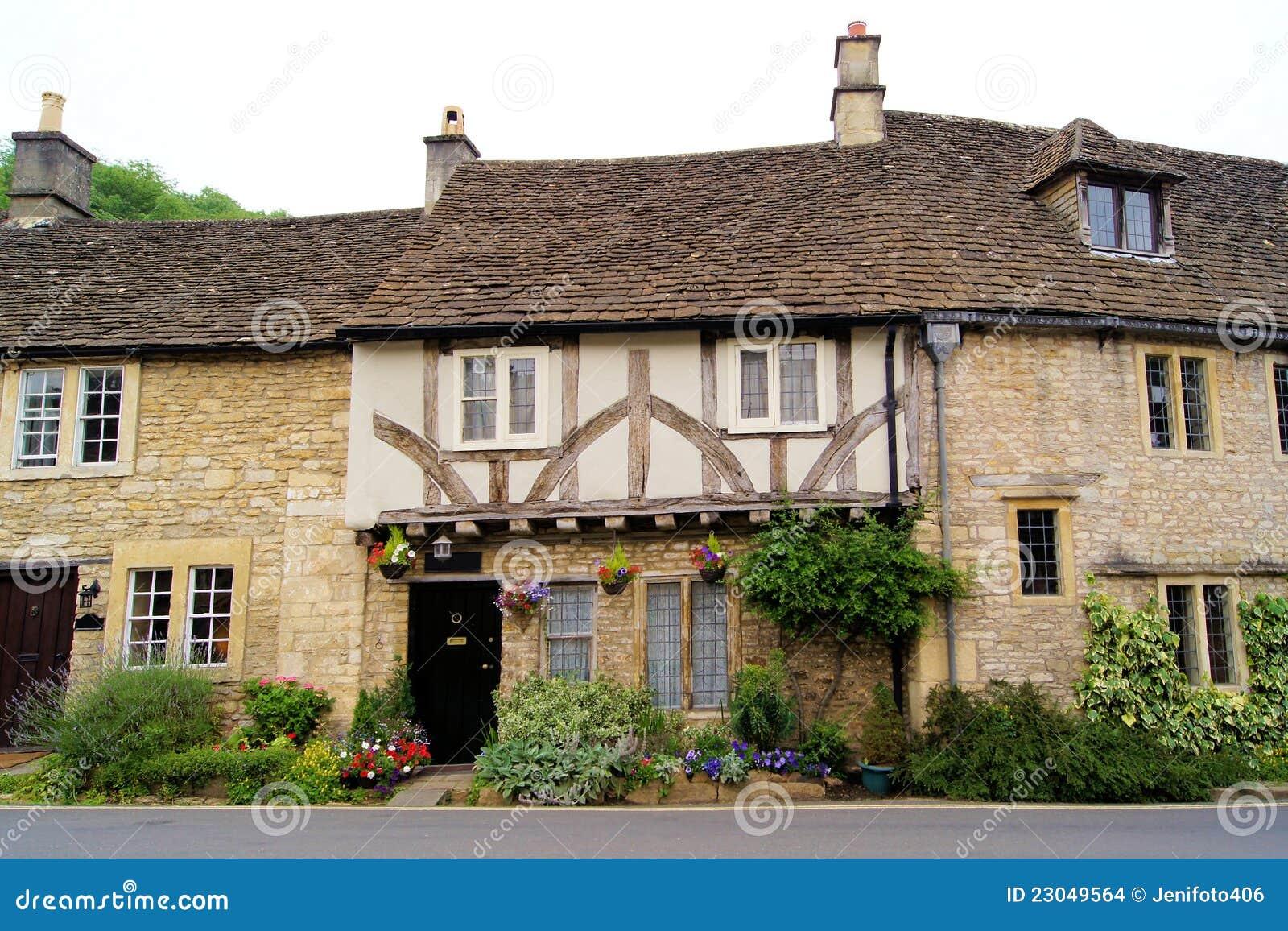 Casas inglesas foto de stock imagem de pista home potted 23049564 - Imagenes de casas inglesas ...