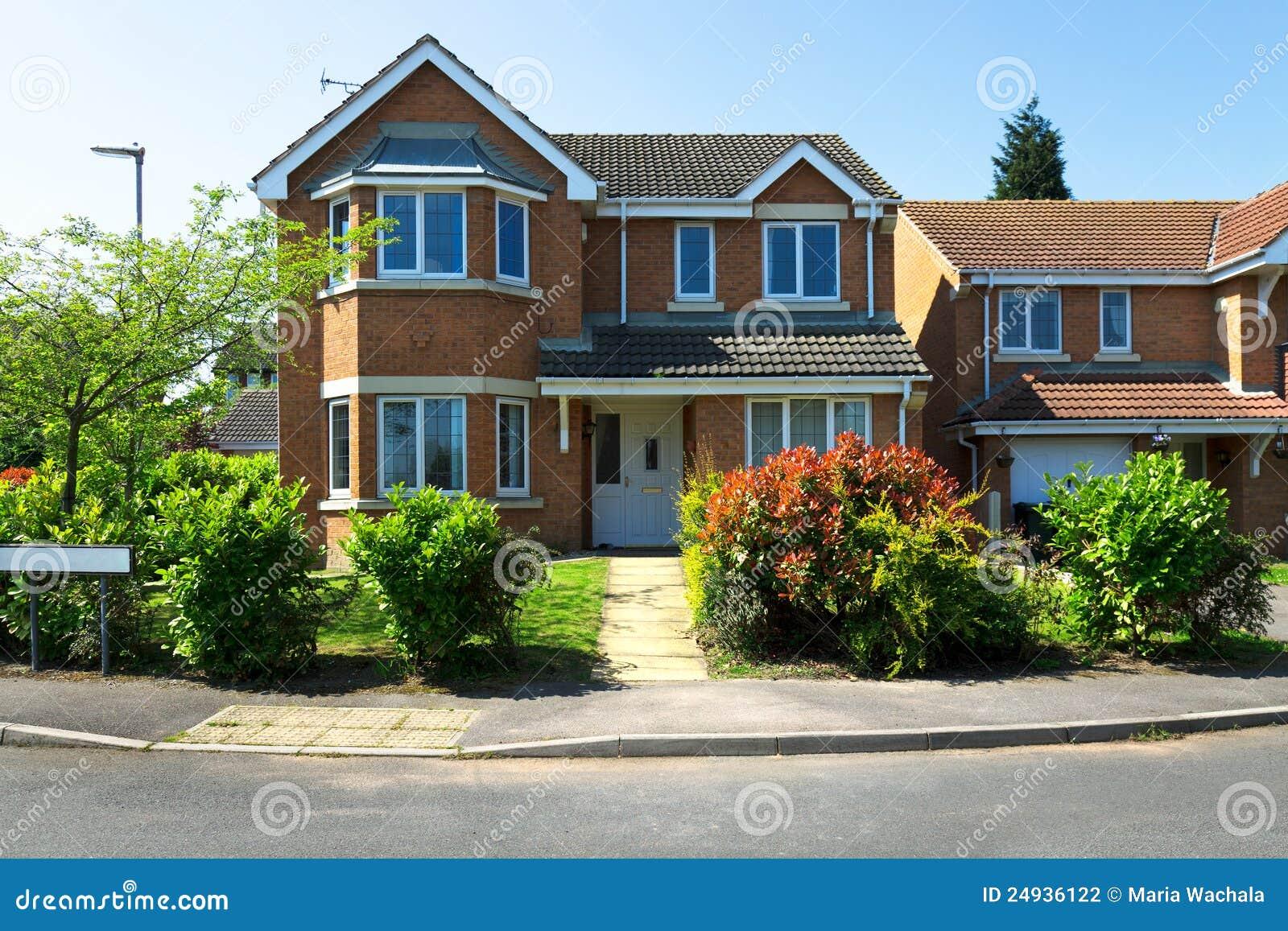 Casas inglesas foto de archivo imagen de districto fachada 24936122 - Imagenes de casas inglesas ...