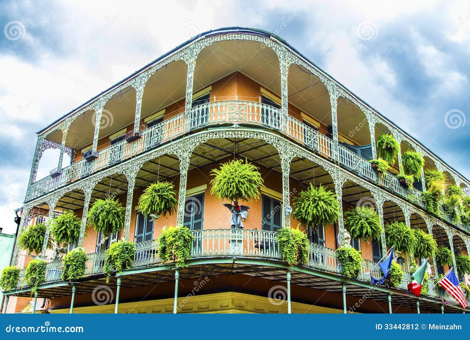 Casas velhas de Nova Orleães em francês