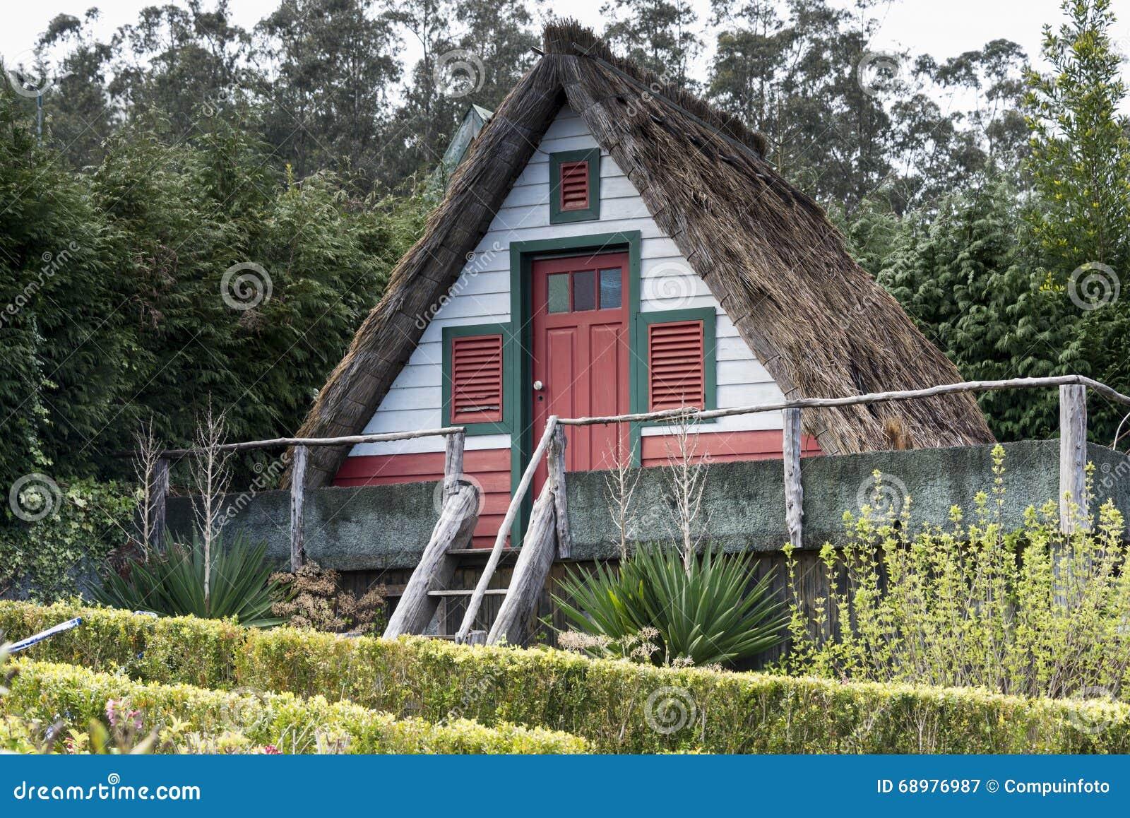 Casas viejas típicas en Santana