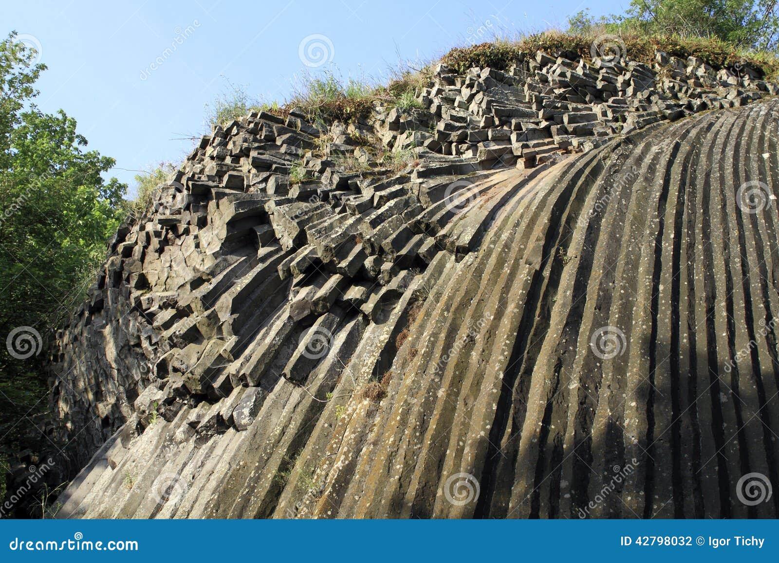 Cascada De Piedra En Somoska Foto De Archivo Imagen