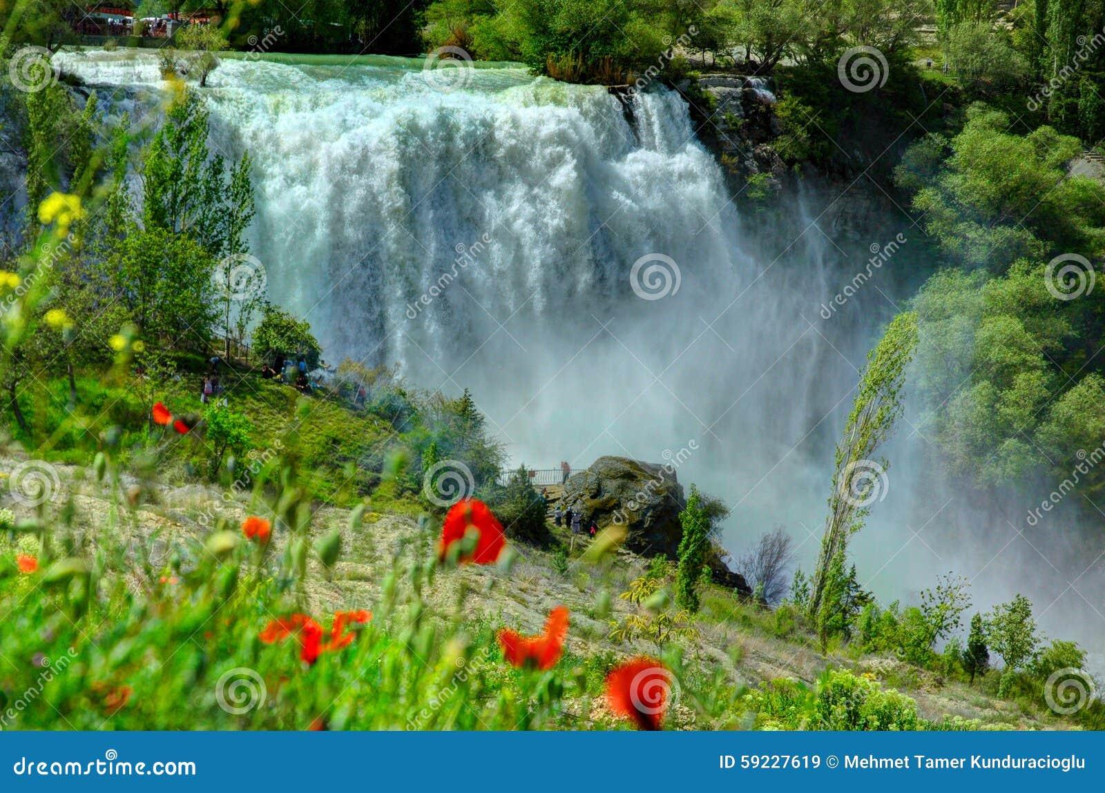 Download Cascada De Tortum, Erzurum, Turquía Imagen de archivo - Imagen de anatolia, cascadas: 59227619