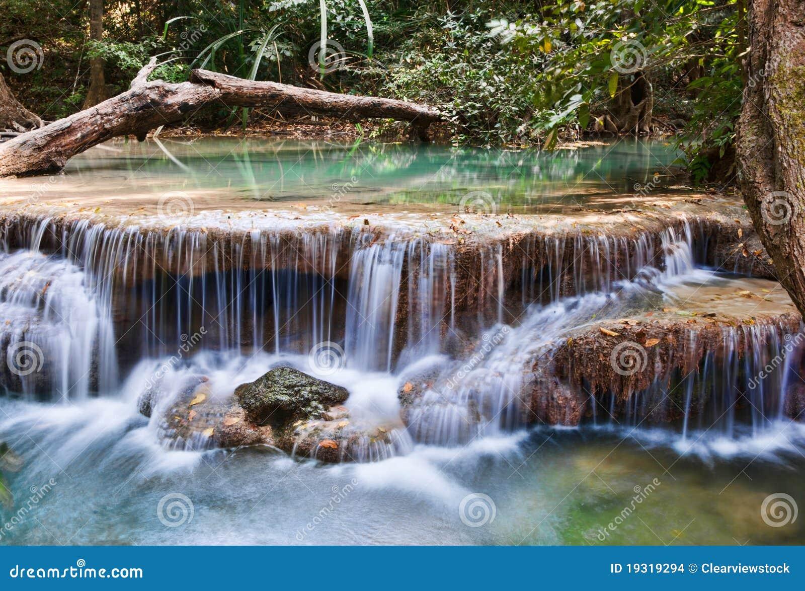 Cascadas hermosas de la cascada foto de archivo imagen for Fotos cascadas