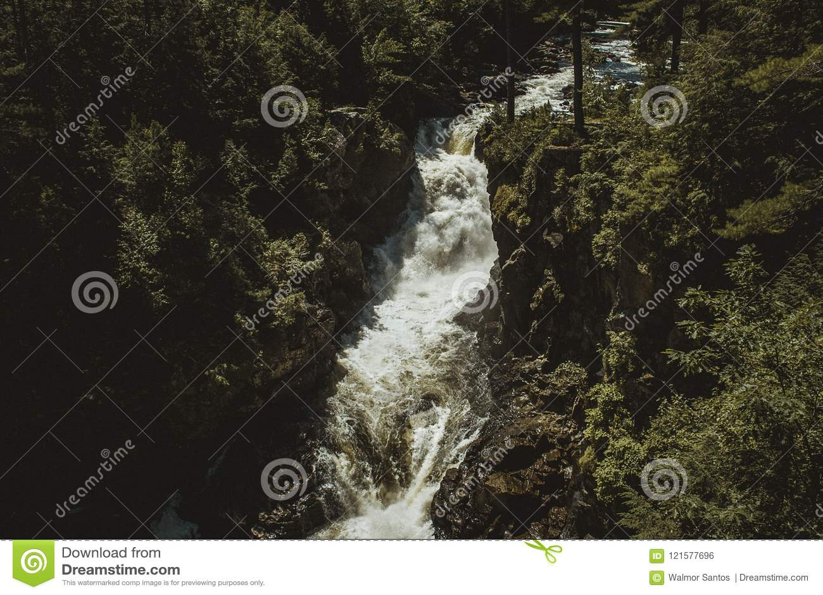 Cascade dans Rawdon