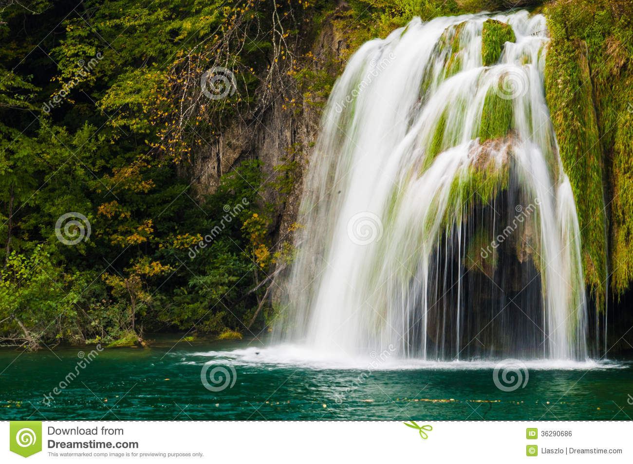 Cascading Waterfall Royalty Free Stock Image - Image: 36290686