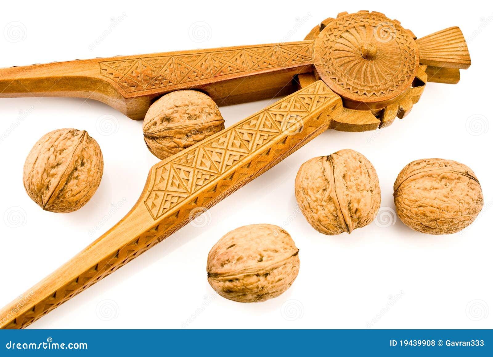 Cascanueces de madera tallado antig edad con las nueces - Cascanueces de madera ...
