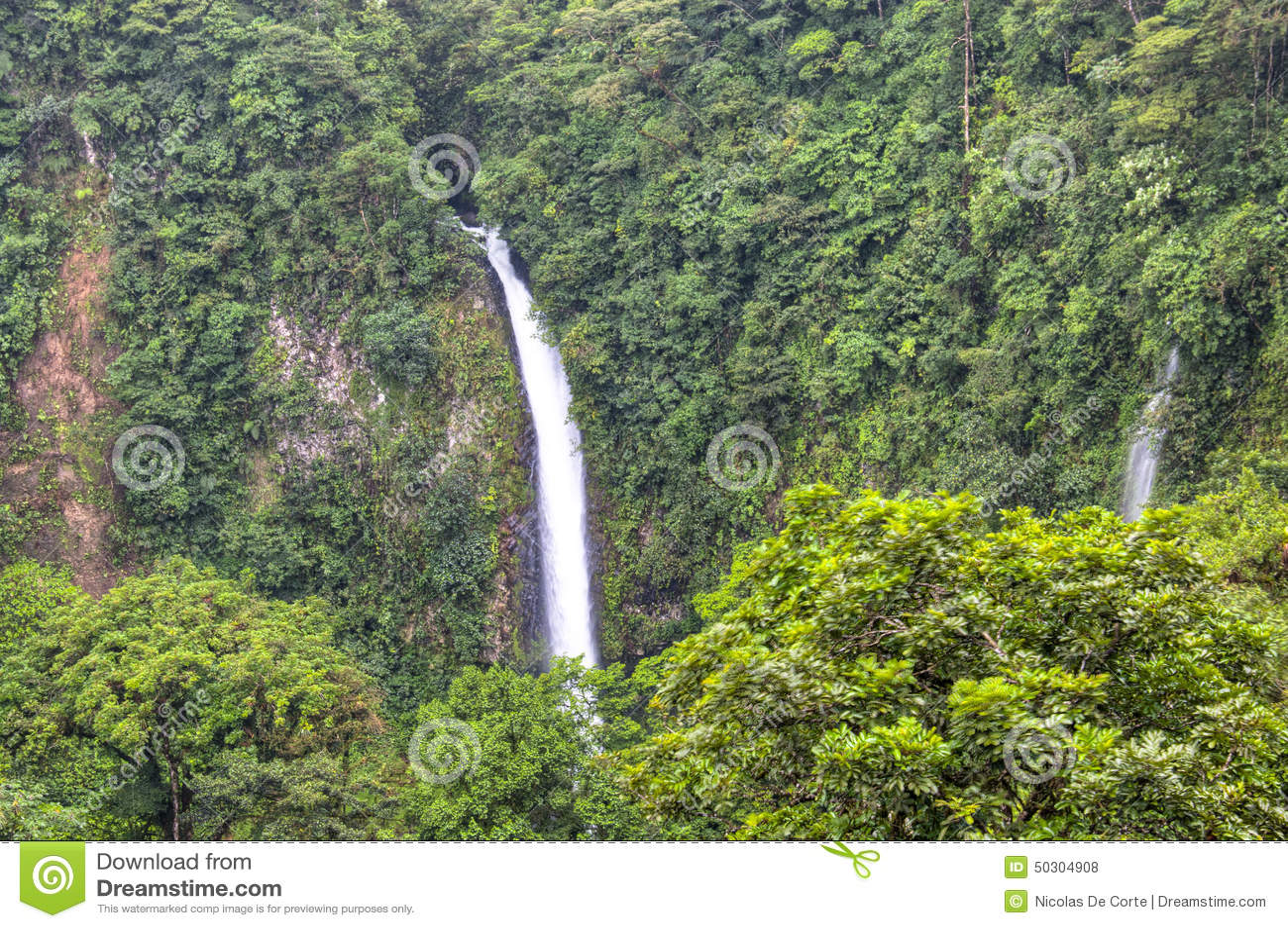 Cascata di Fortuna della La nel parco nazionale di Arenal, Costa Rica