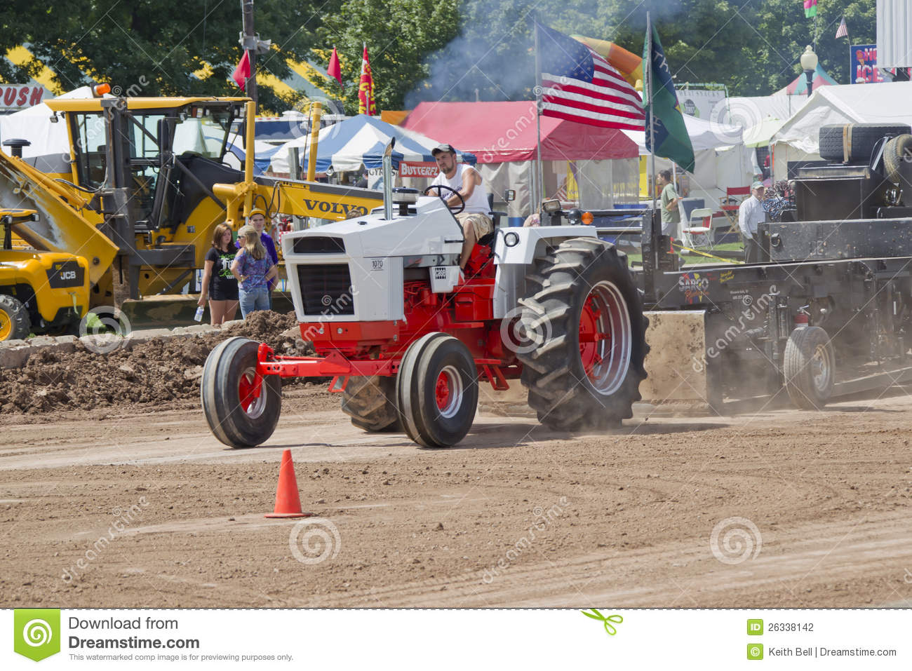 Case Pulling Tractors : Case orange white tractor pulling editorial