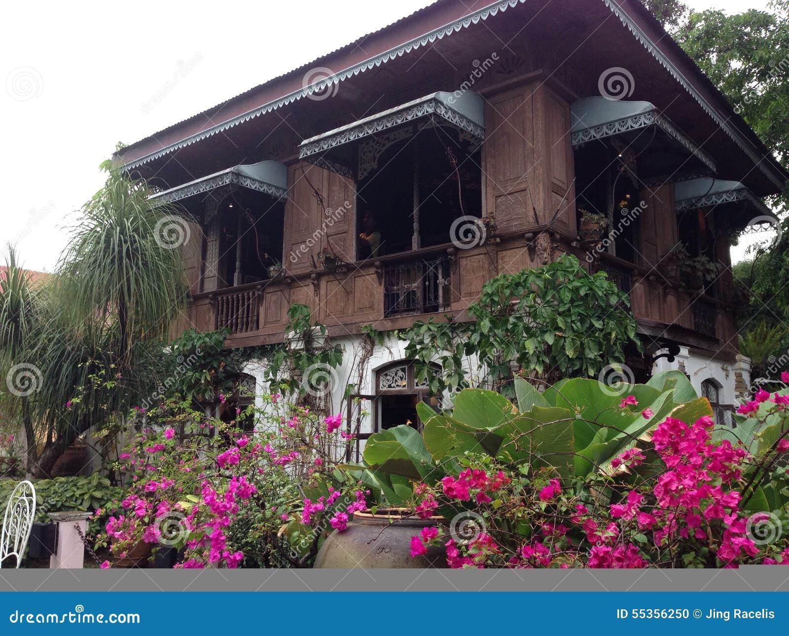 Case ancestrali con le storie