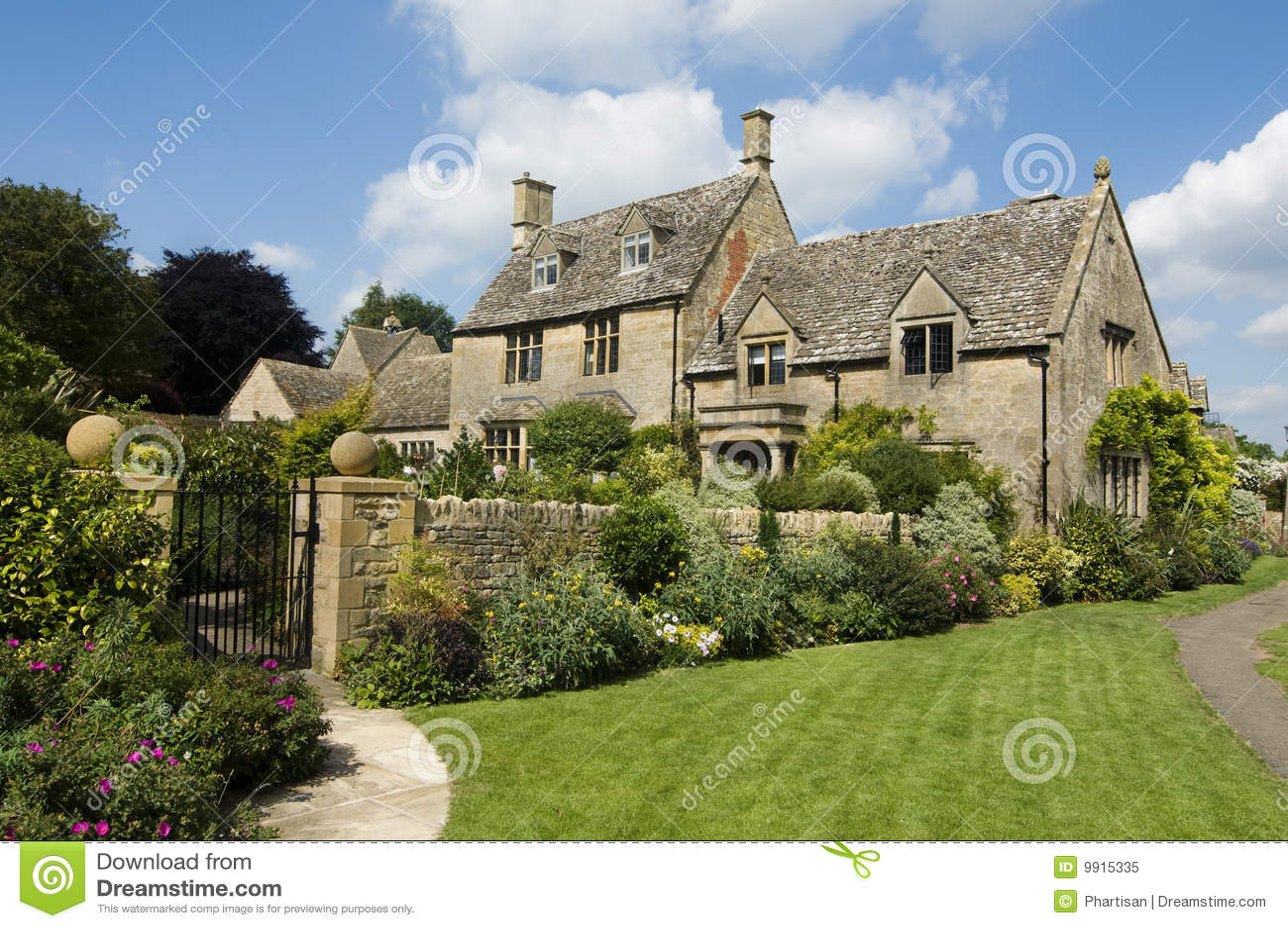 Case inglesi del paese fatte dalla pietra immagine stock for Case inglesi foto