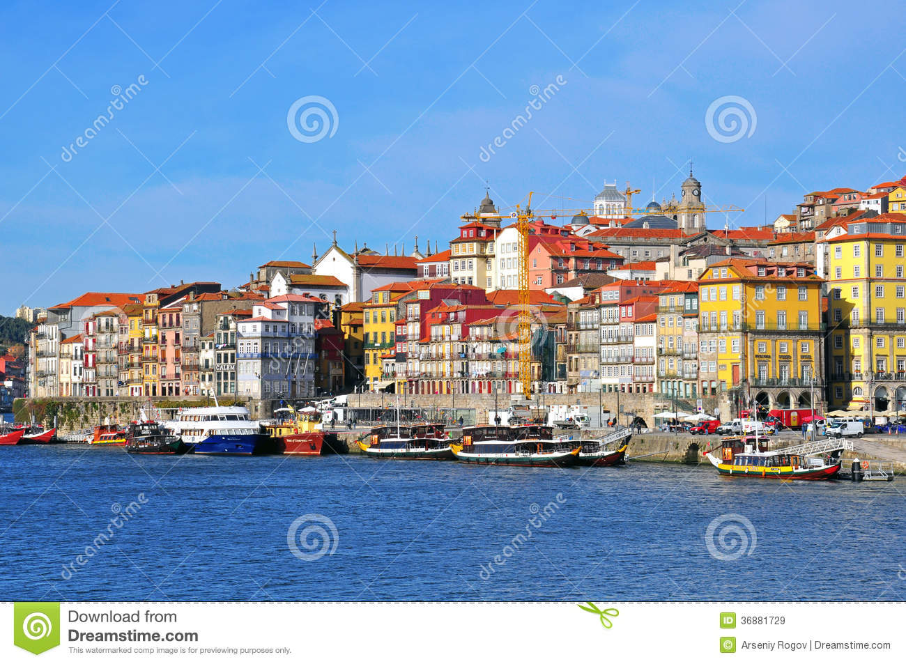 Download Case Multicolori Di Oporto, Portogallo Immagine Stock Editoriale - Immagine di cityscape, limite: 36881729