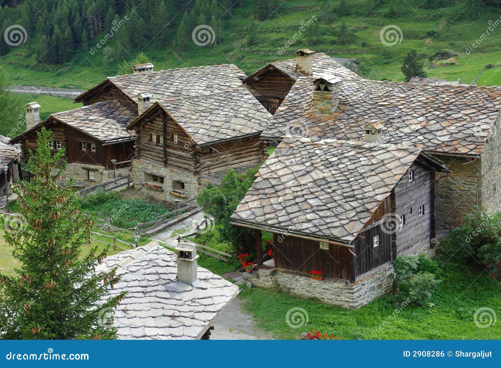 Case Tradizionali Italiane : Case tradizionali italia fotografia stock immagine di italiano