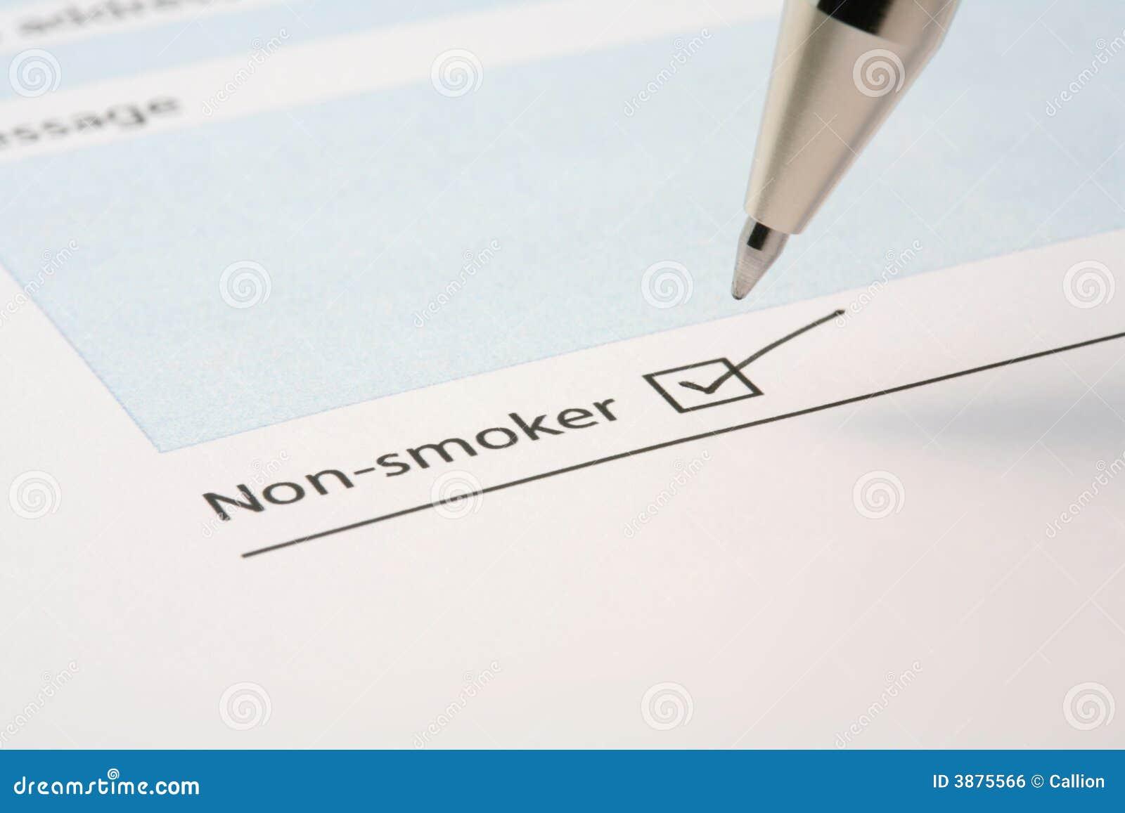 Casella da spuntare del non-fumatore su un modulo