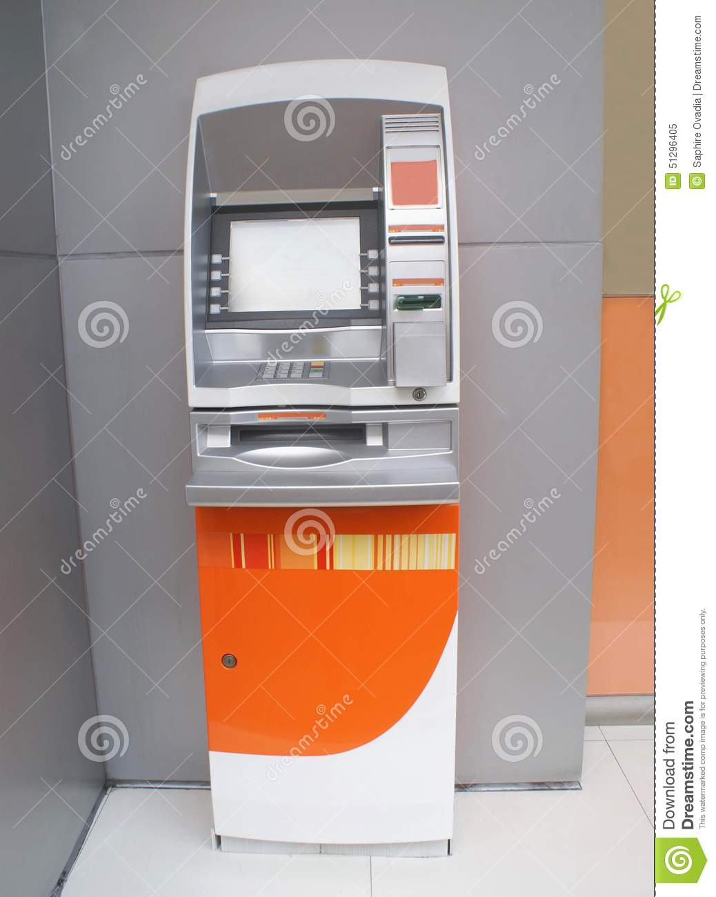 automated teller machine innovation in the banking industry Diebold nixdorf is dedicated to driving connected commerce & consumer centric solutions within the banking, retail, postal & service station sectors.