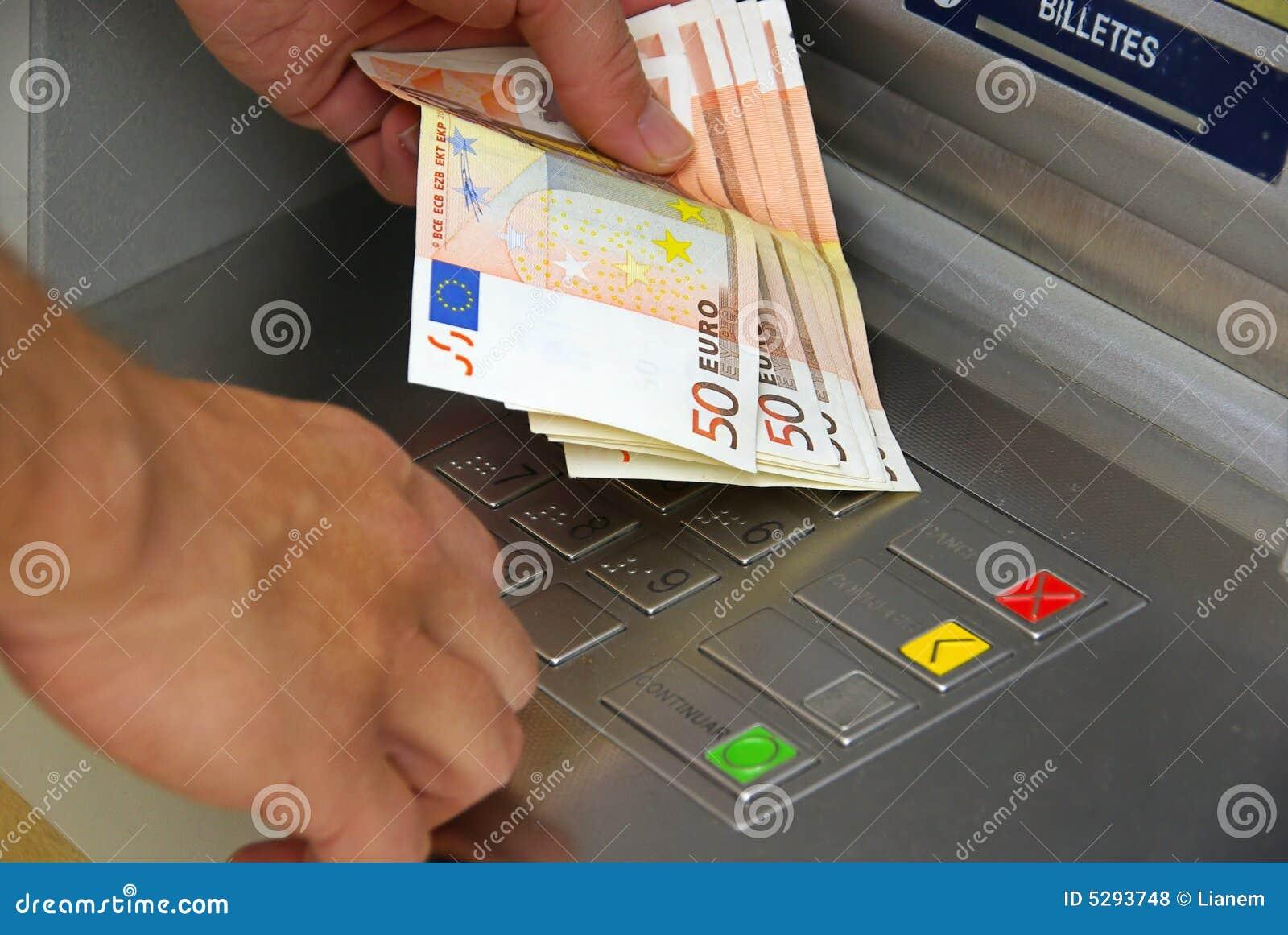 Cash point 05