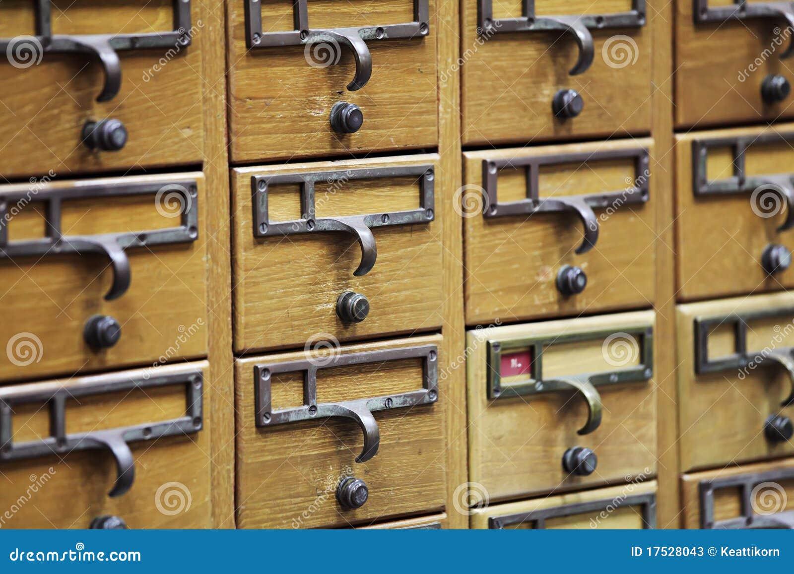 casier en bois de document image stock image du ligne. Black Bedroom Furniture Sets. Home Design Ideas
