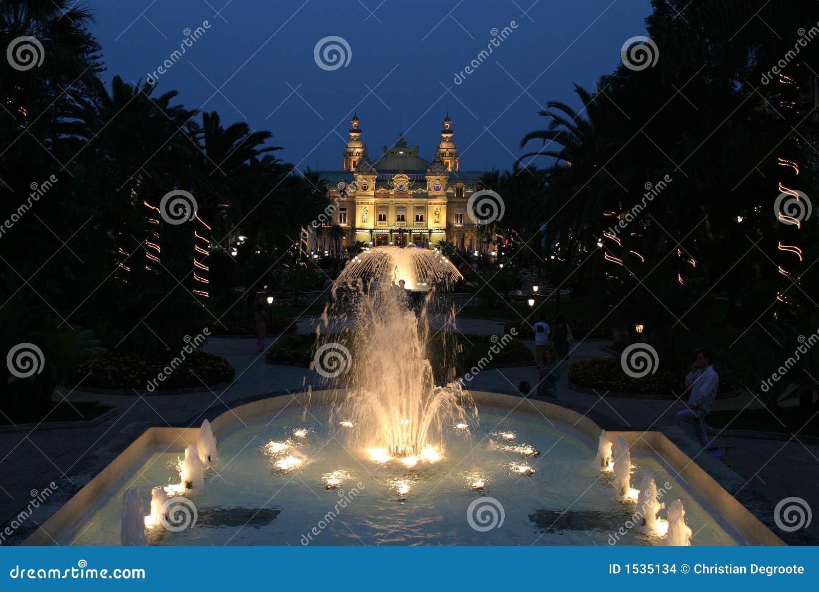 Casinò della Monaco entro Night